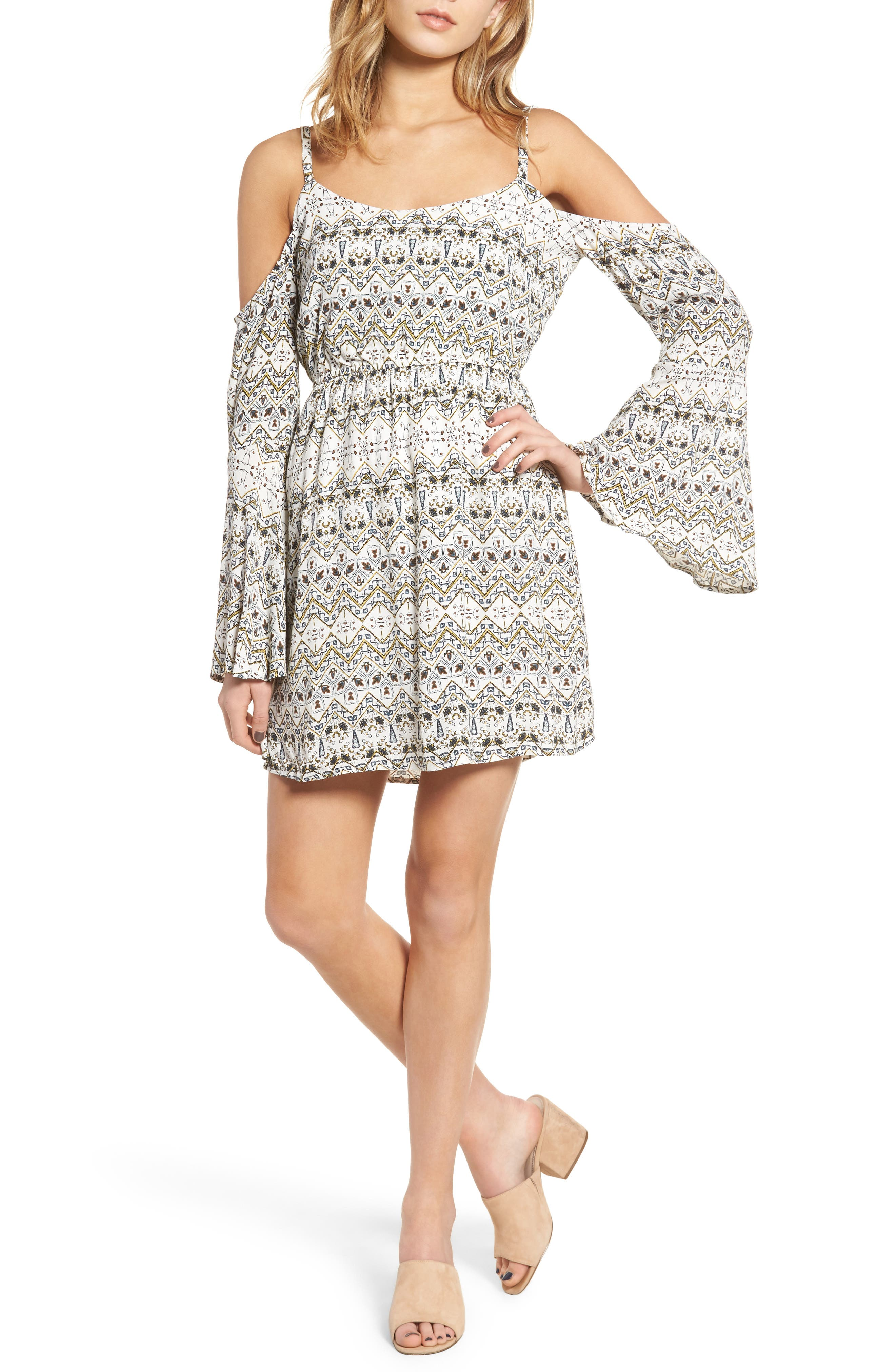 cupcakes and cashmere Starling Bell Sleeve Dress