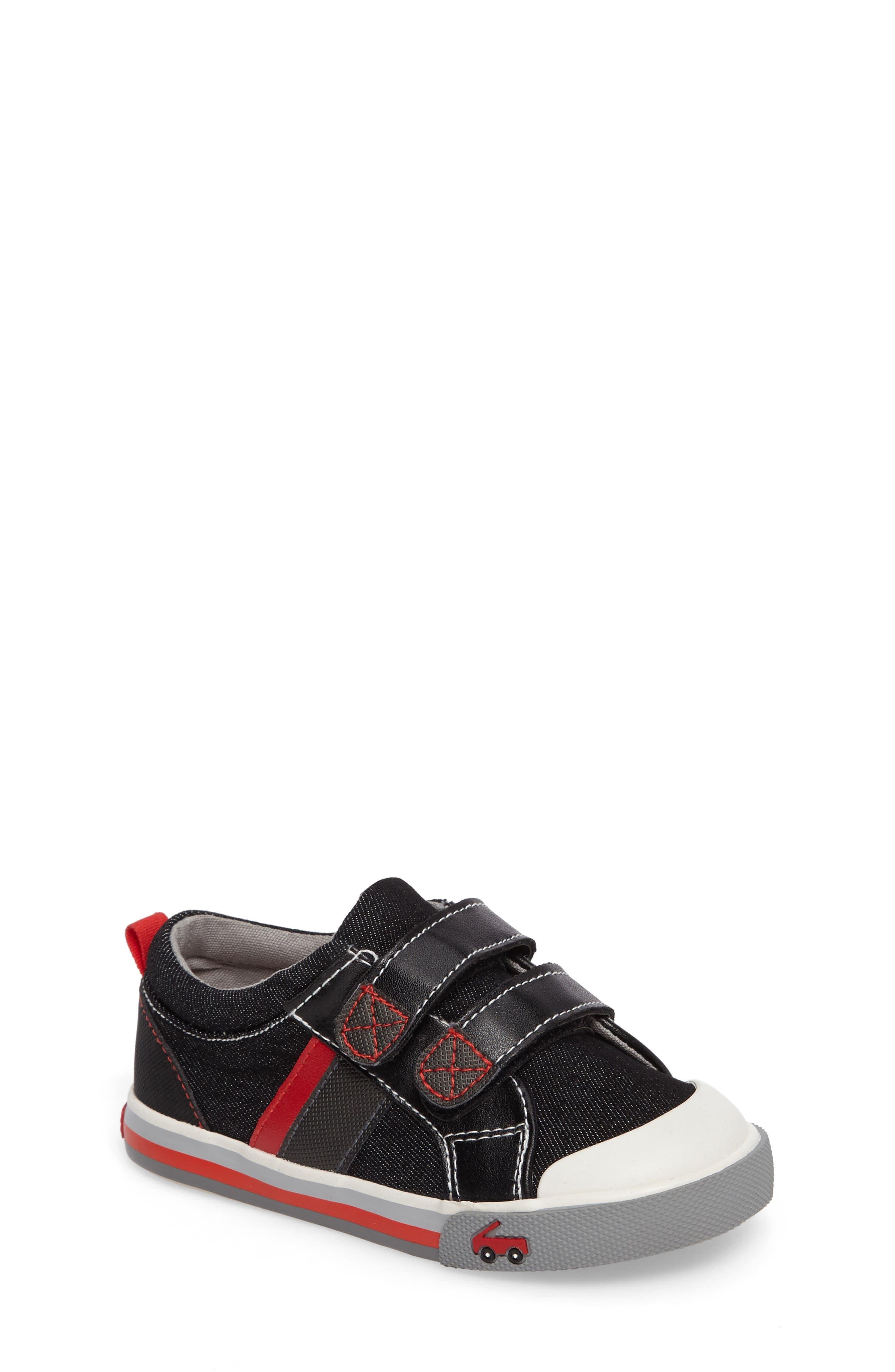 See Kai Run 'Russell' Sneaker (Baby, Walker & Toddler)