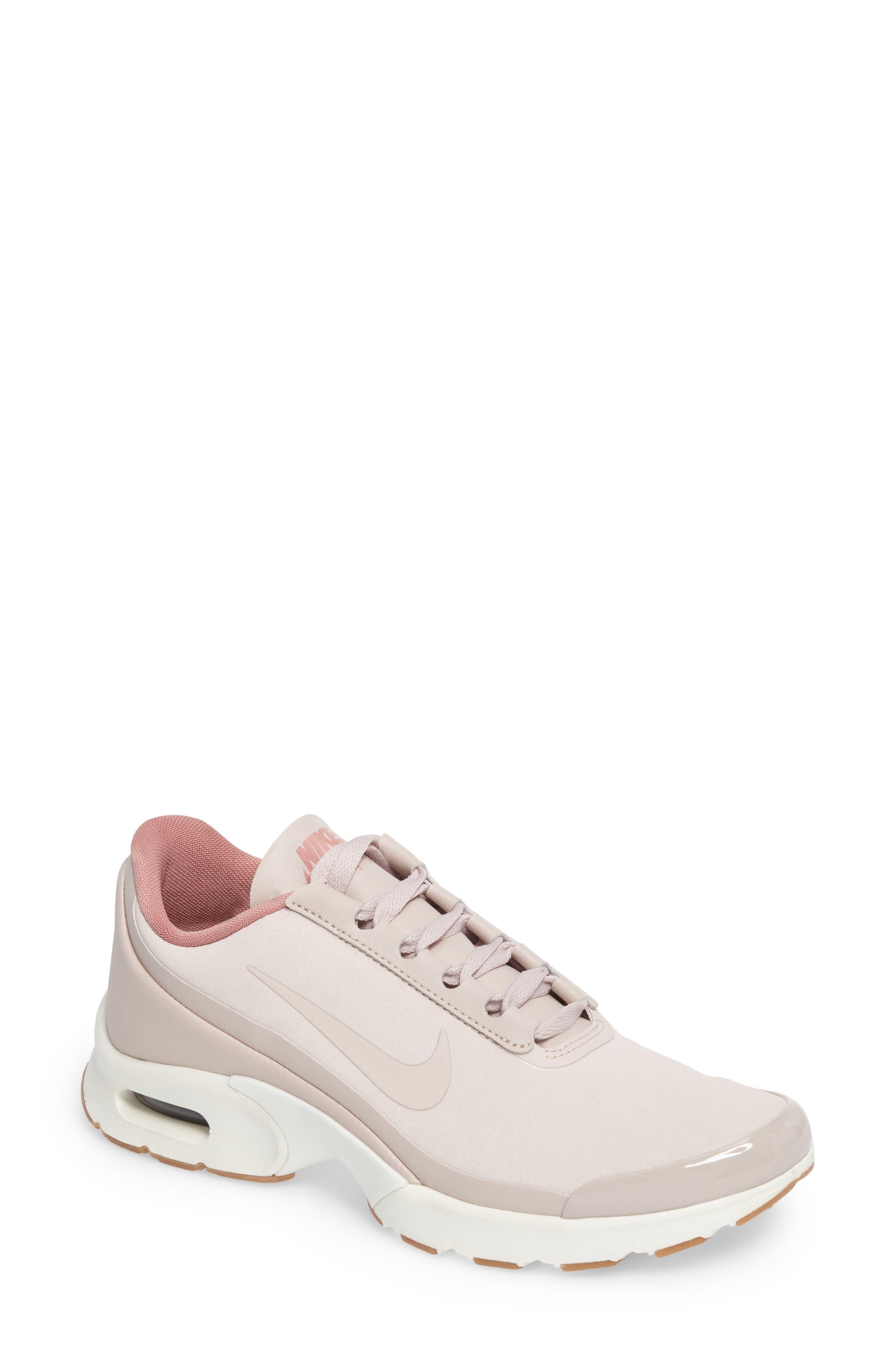 Nike Air Max Jewell SE Sneaker (Women)