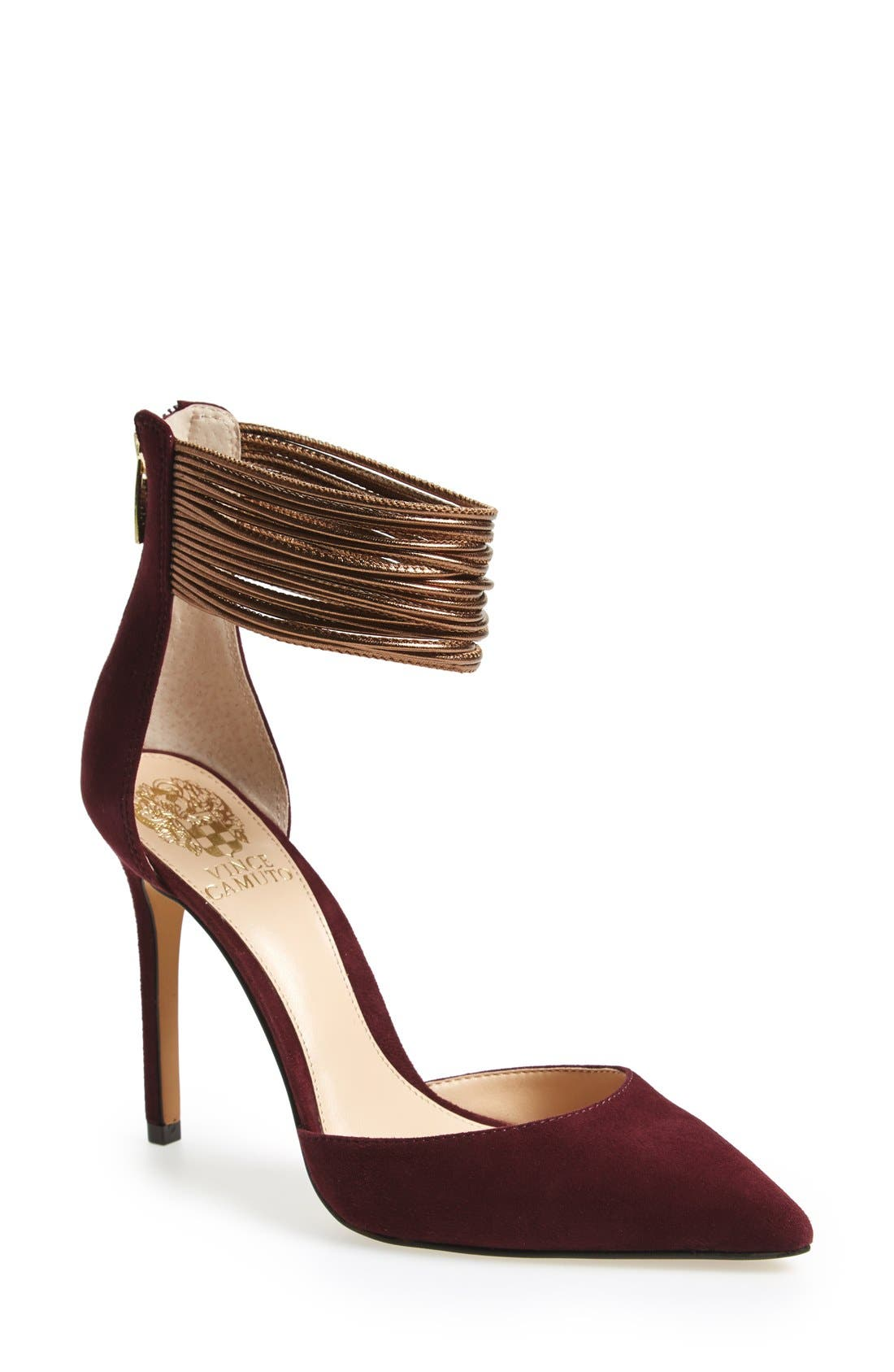 Alternate Image 1 Selected - Vince Camuto'Nayz' Pump (Women)