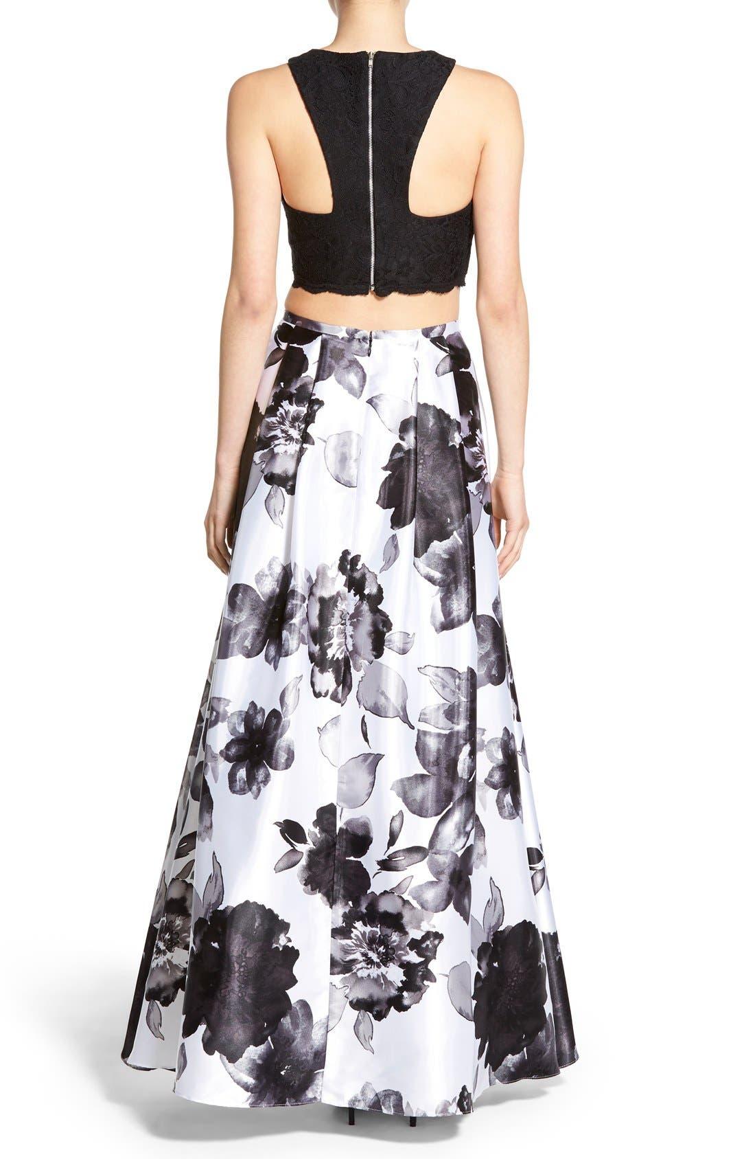 Alternate Image 2  - Blondie Nites Floral Print Two-Piece Gown