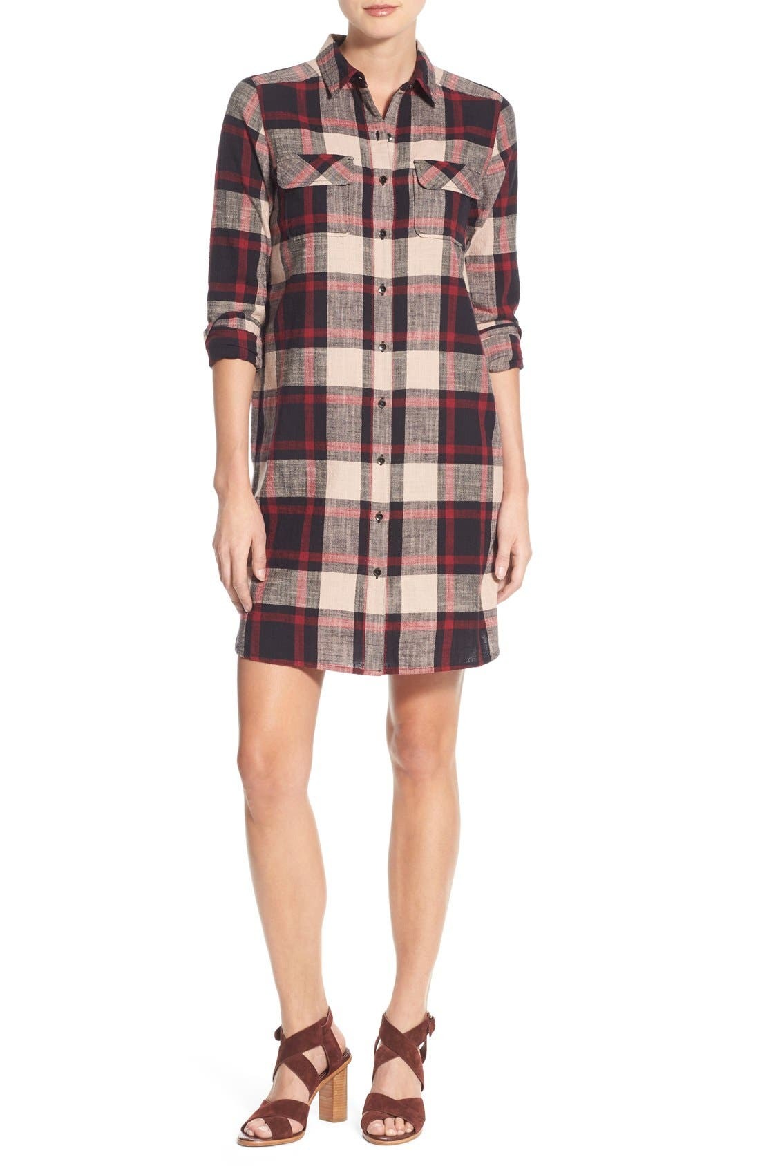 Alternate Image 1 Selected - Caslon® Plaid Cotton Two-Pocket Shirtdress (Regular & Petite)