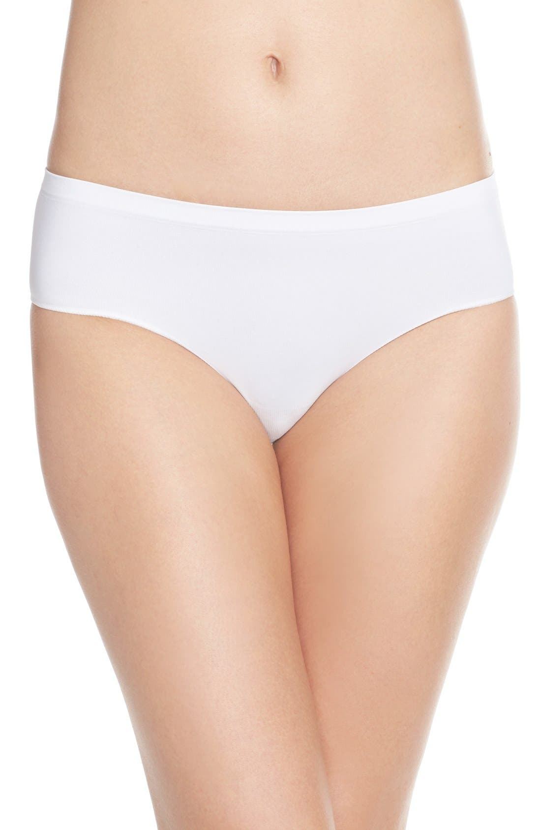 Alternate Image 1 Selected - Nordstrom Lingerie Seamless Hipster Panties (3 for $33)