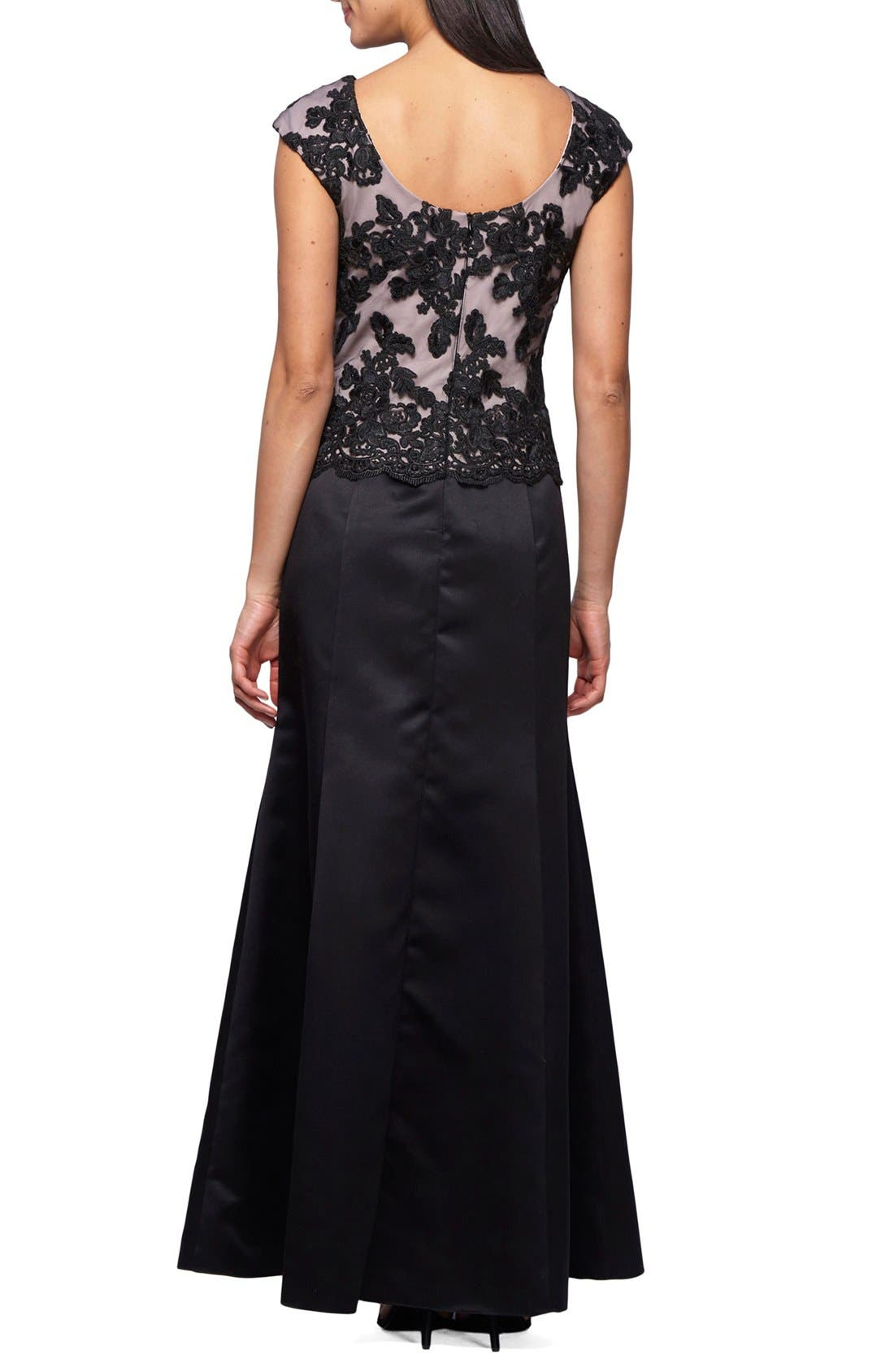 Alternate Image 2  - Alex Evenings Embroidered Bodice Satin Gown & Shawl (Petite)