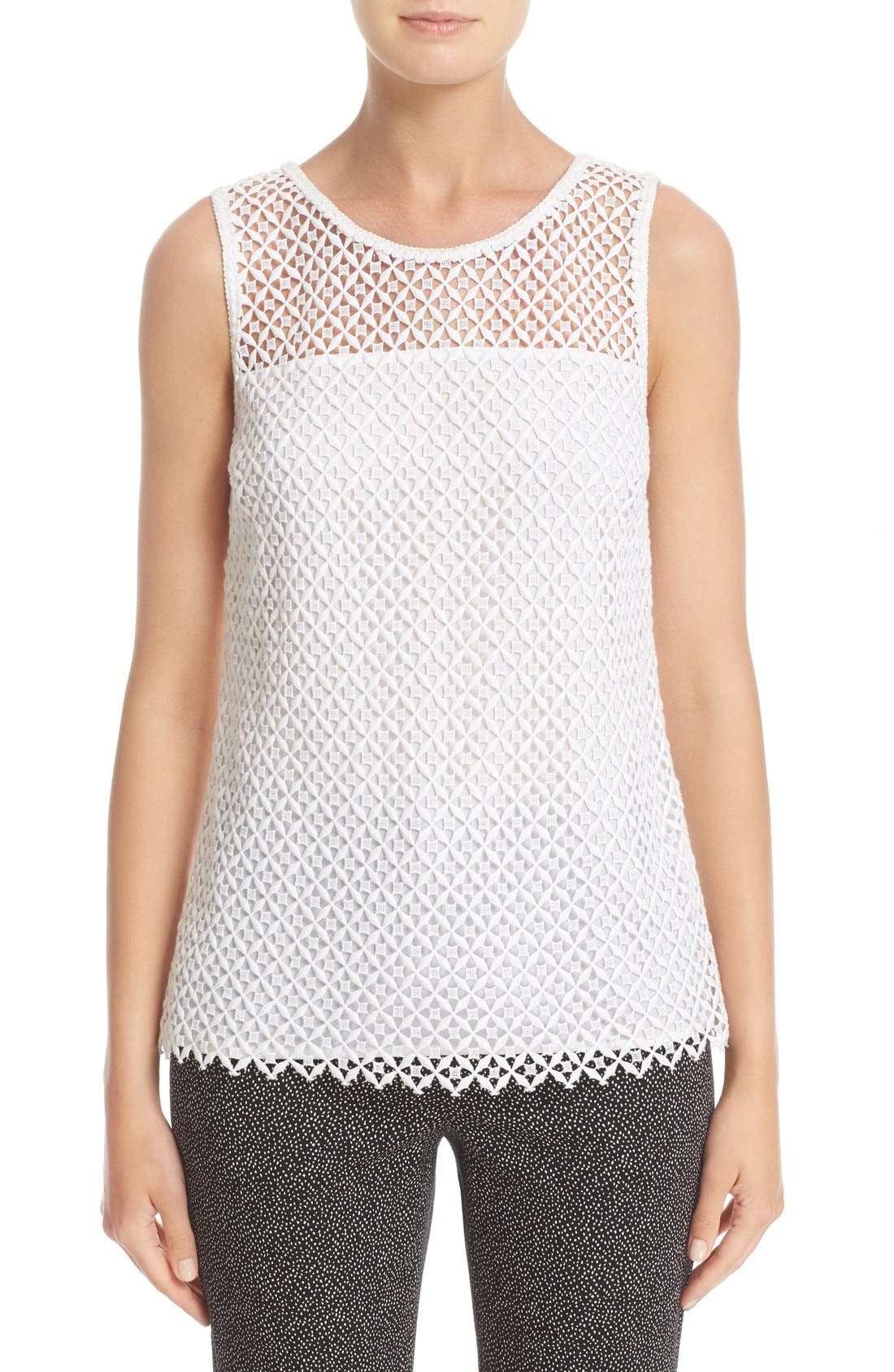 ST. JOHN COLLECTION Pinwheel Guipure Lace Shell