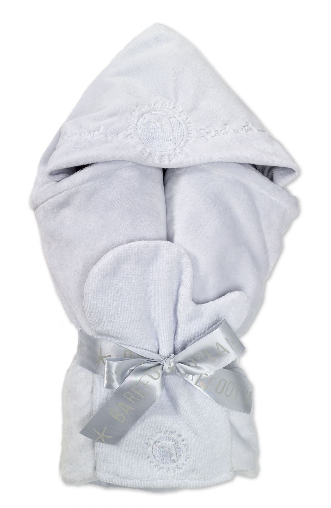Alternate Image 1 Selected - Barefoot Dreams® Hooded Towel Set