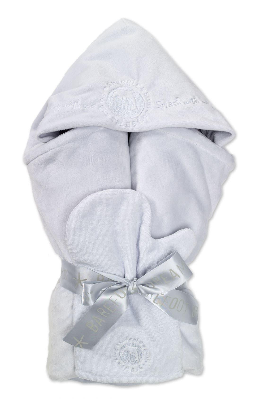 Main Image - Barefoot Dreams® Hooded Towel Set