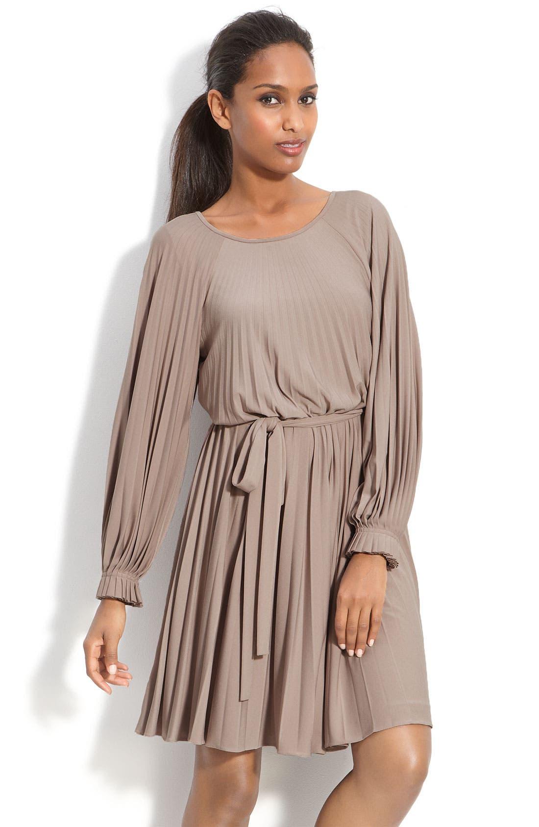 Main Image - Donna Morgan Sunburst Pleat Jersey Dress