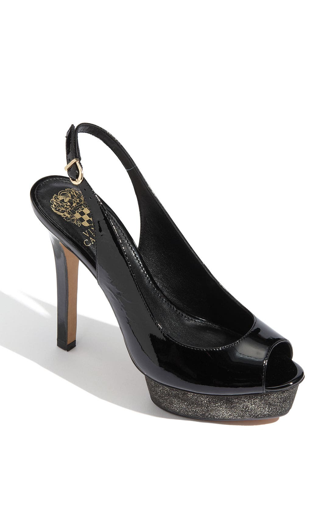 Alternate Image 1 Selected - Vince Camuto 'Leala' Pump (Exclusive)