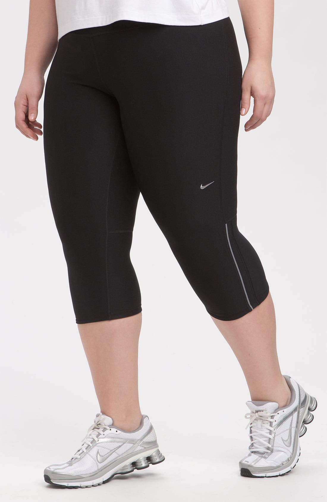 Alternate Image 1 Selected - Nike 'Filament' Capris (Plus Size)