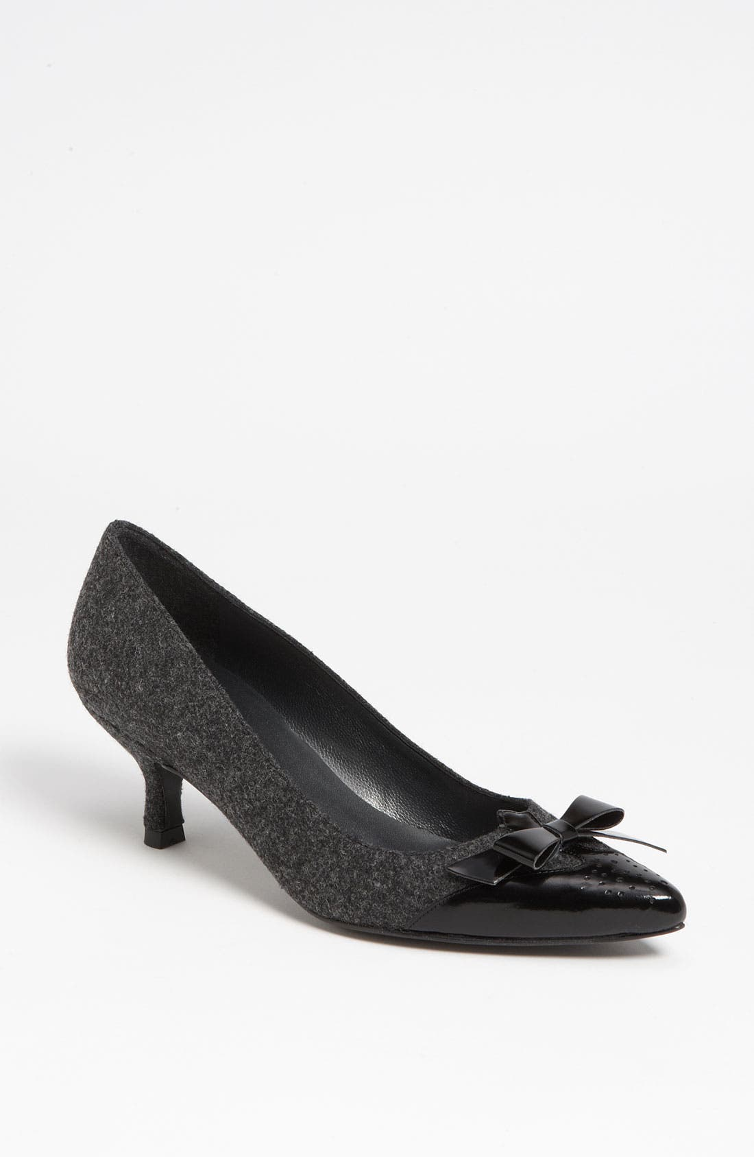 Alternate Image 1 Selected - Stuart Weitzman 'Daydream' Pump (Nordstrom Exclusive)