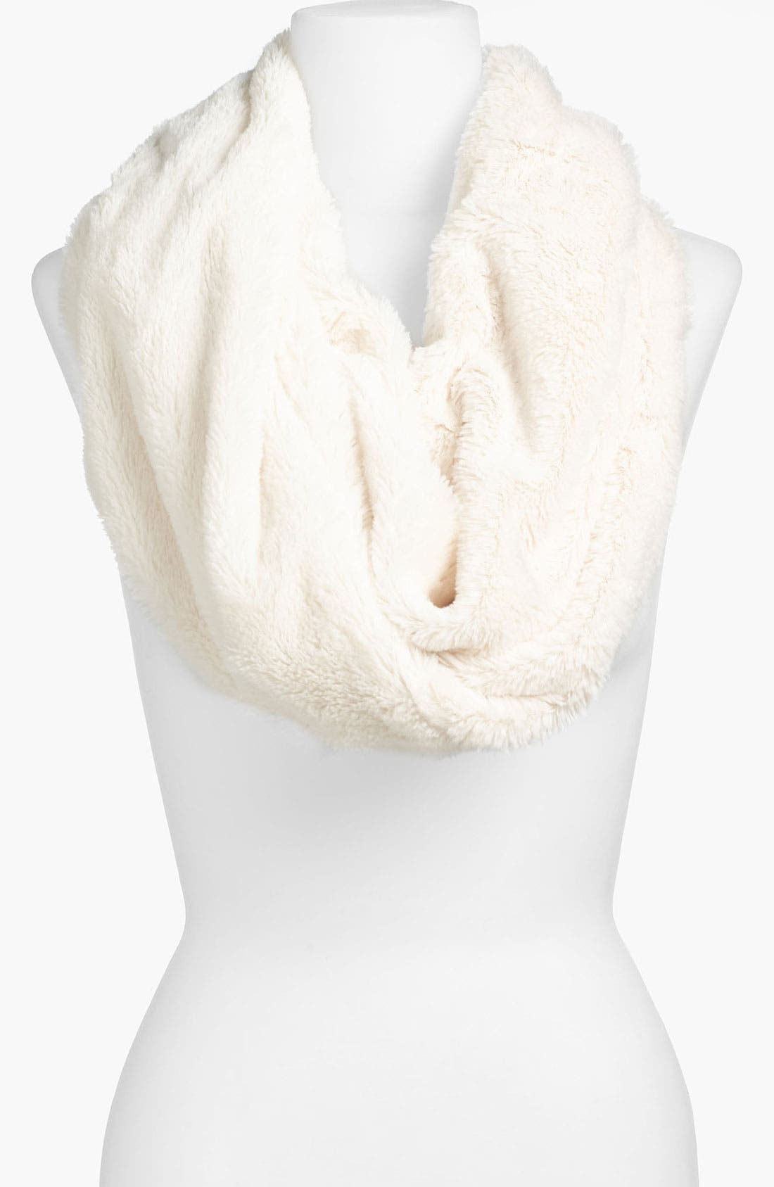 Main Image - Lulu Lush Faux Fur Circle Scarf (Juniors)
