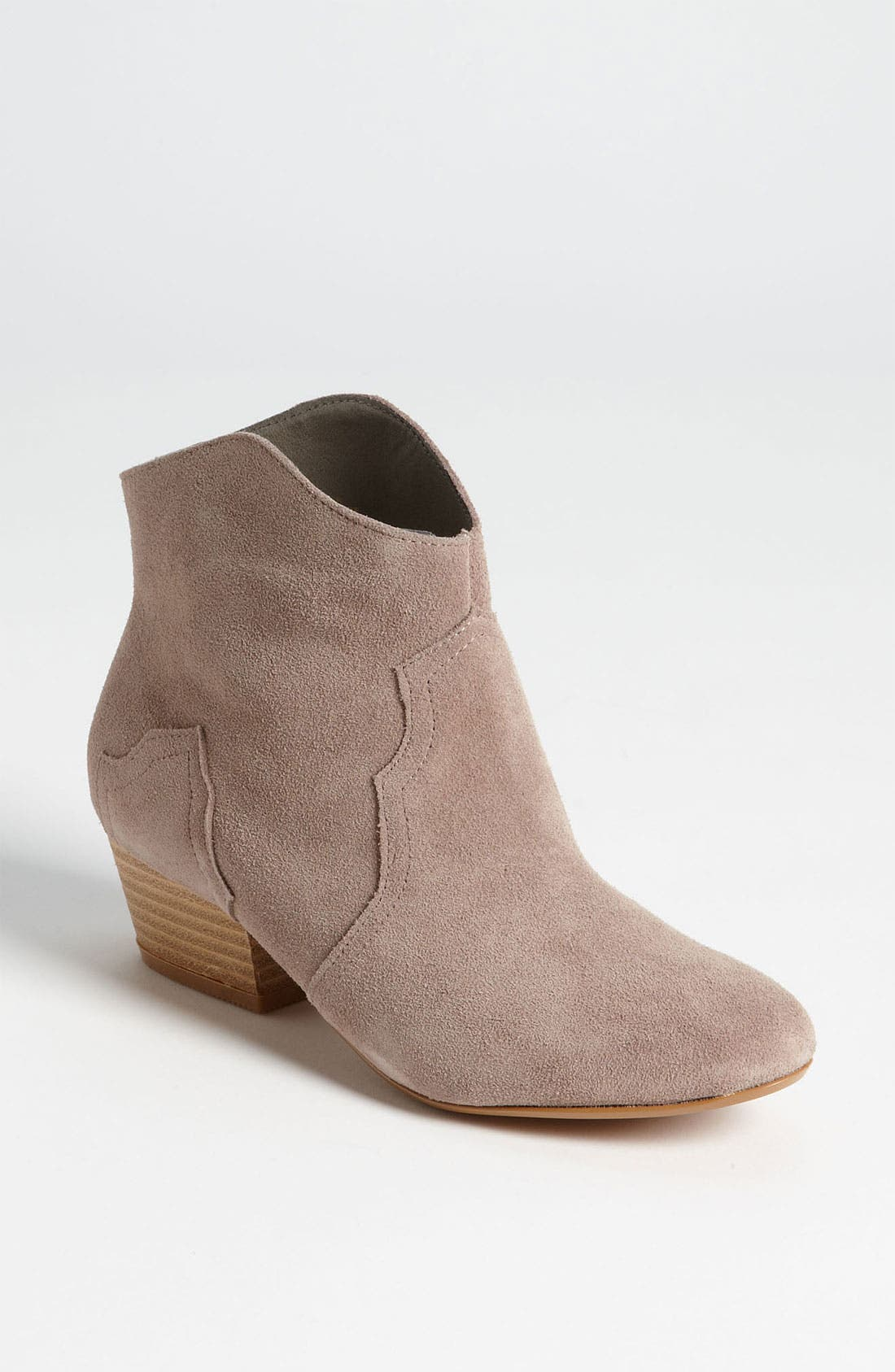Alternate Image 1 Selected - Sole Society 'Elsa' Bootie  (Online Exclusive)