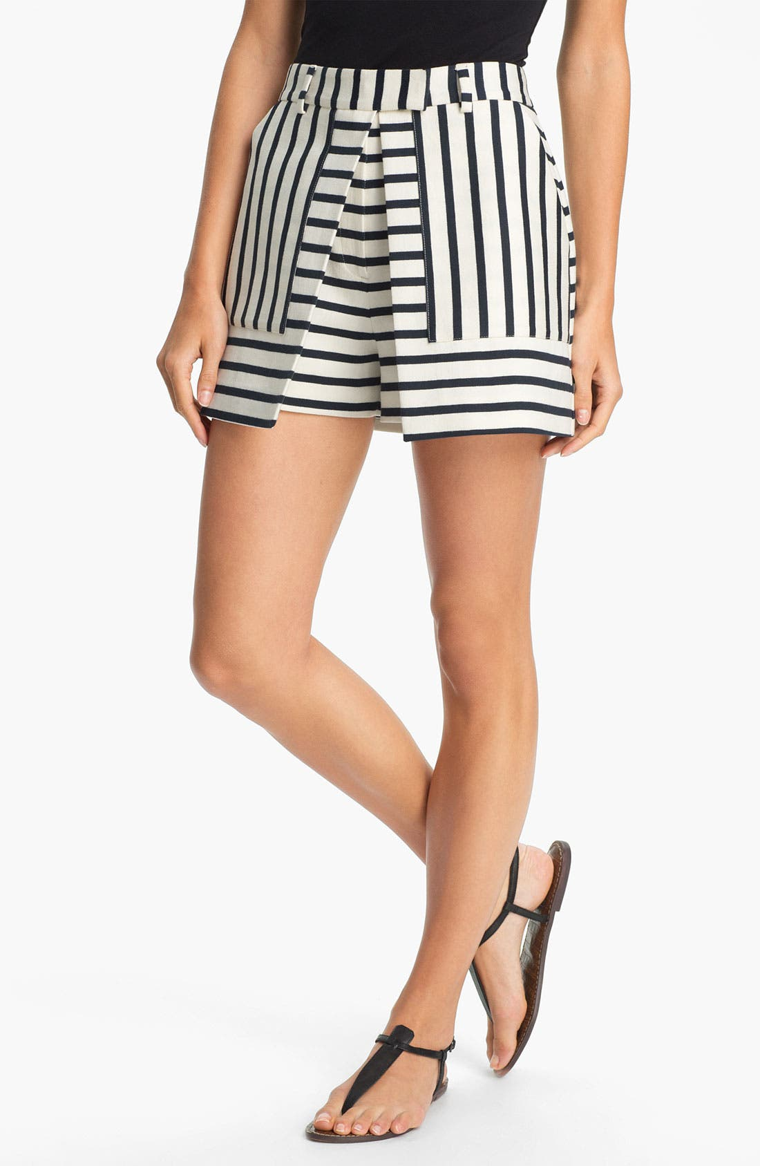 Alternate Image 1 Selected - Theory 'Caslyn' Cotton Skort
