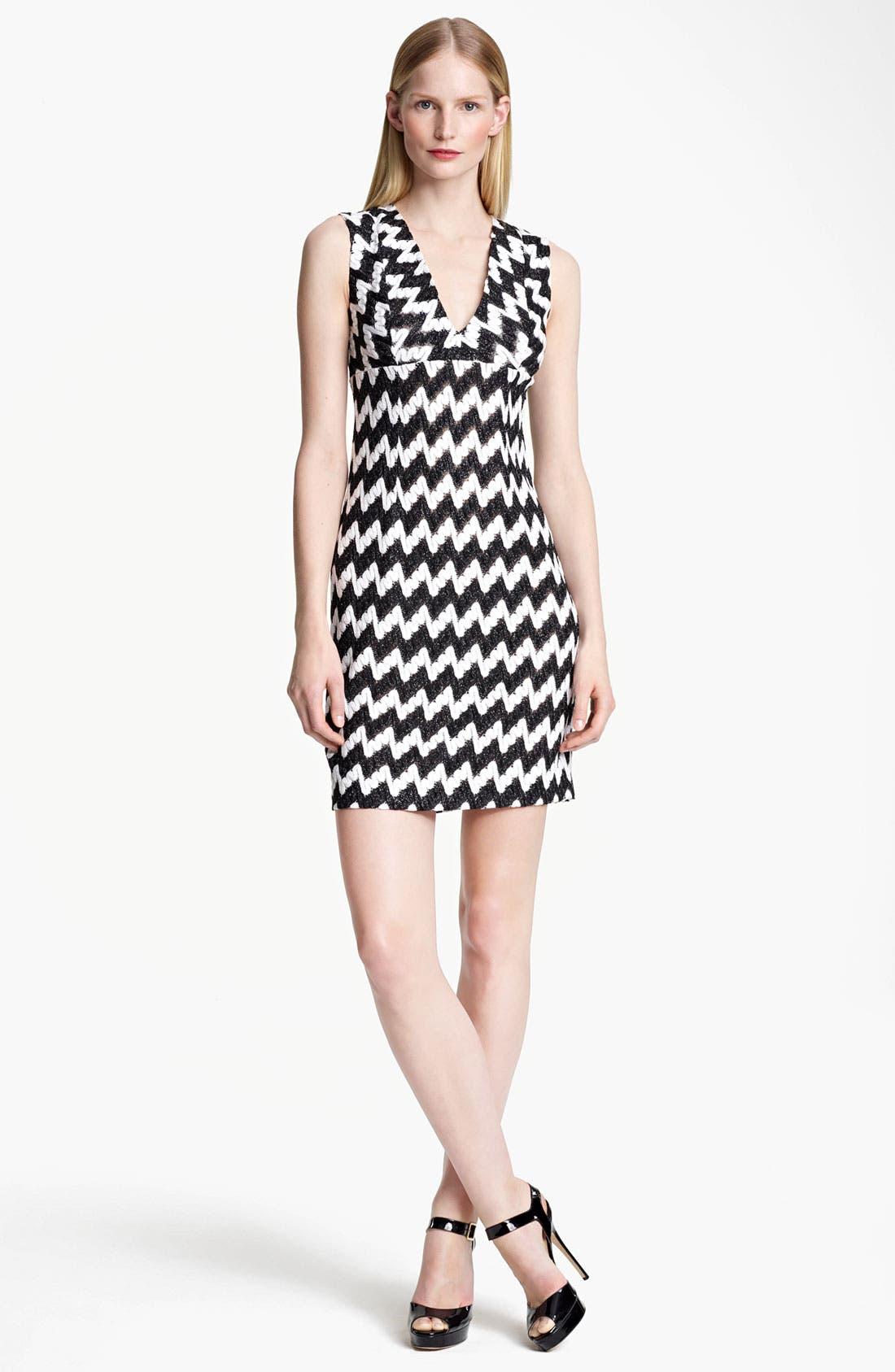 Main Image - Missoni Bicolor Zigzag Knit Dress