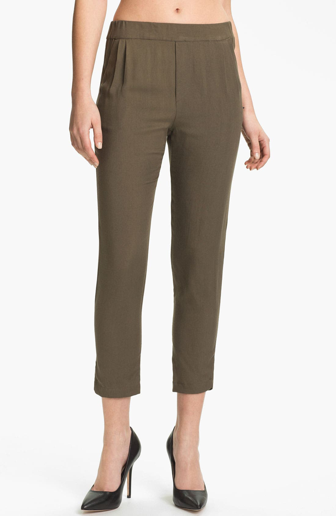 Alternate Image 1 Selected - Ella Moss 'Aiselin' Tapered Crop Pants