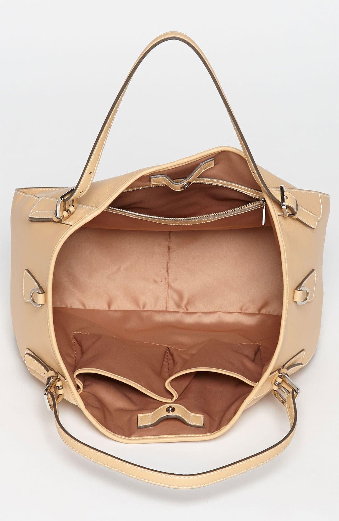 Alternate Image 3  - Tod's 'New G - Medium' Leather Shoulder Bag