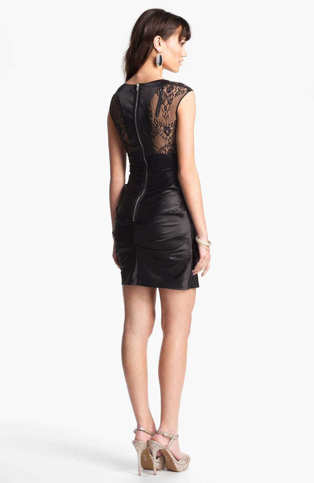 Main Image - Hailey Logan Lace Panel Body-Con Dress (Juniors) (Online Only)
