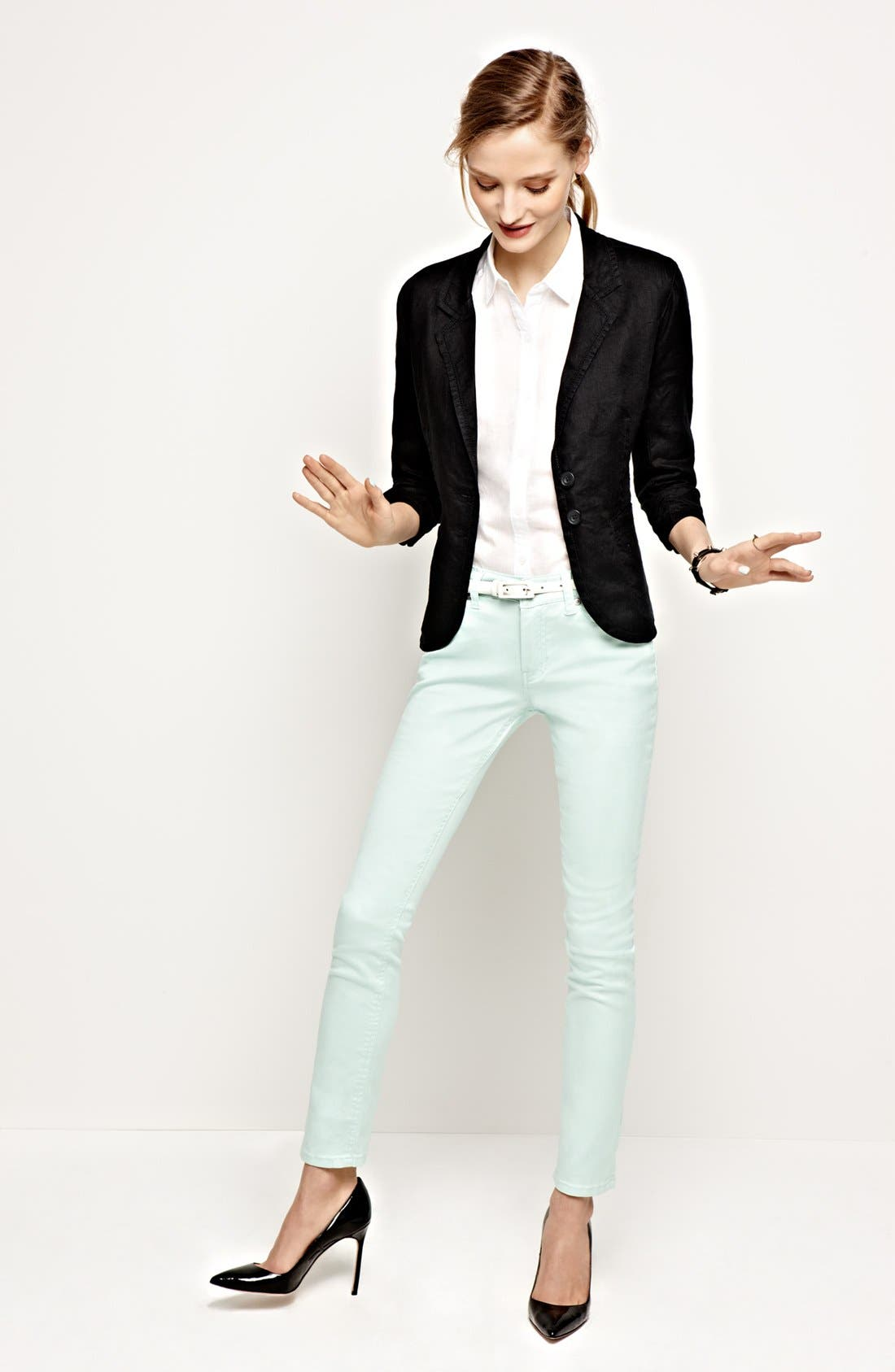 Alternate Image 4  - Liverpool Jeans Company 'Sadie' Colored Straight Leg Stretch Jeans (Petite) (Online Only)