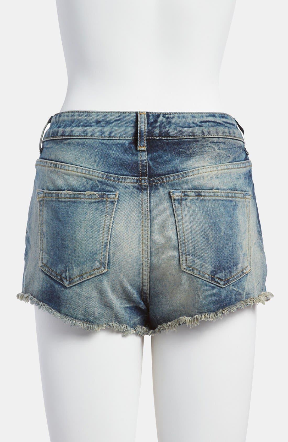 Alternate Image 2  - Topshop Moto 'Ruthie' Denim Shorts (Petite)