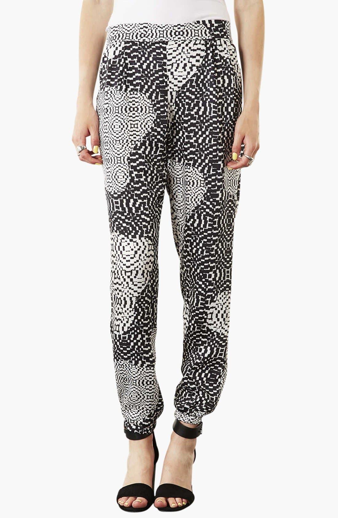 Alternate Image 1 Selected - Topshop Print Jogging Pants