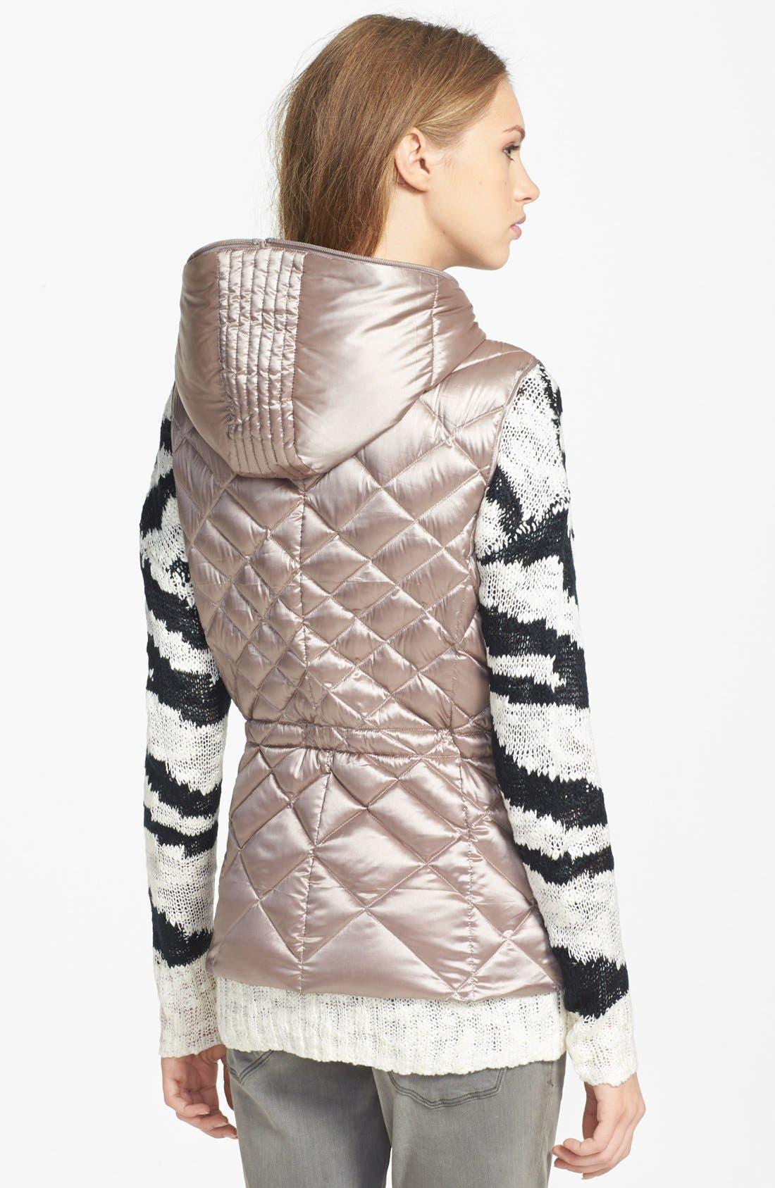 Alternate Image 2  - Bernardo Hooded Packable Goose Down Vest (Regular & Petite)