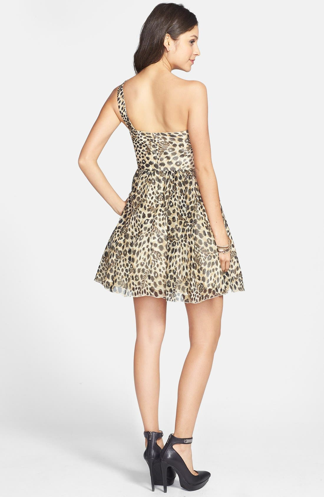 Alternate Image 2  - Jump Apparel One-Shoulder Leopard Print Dress (Juniors)