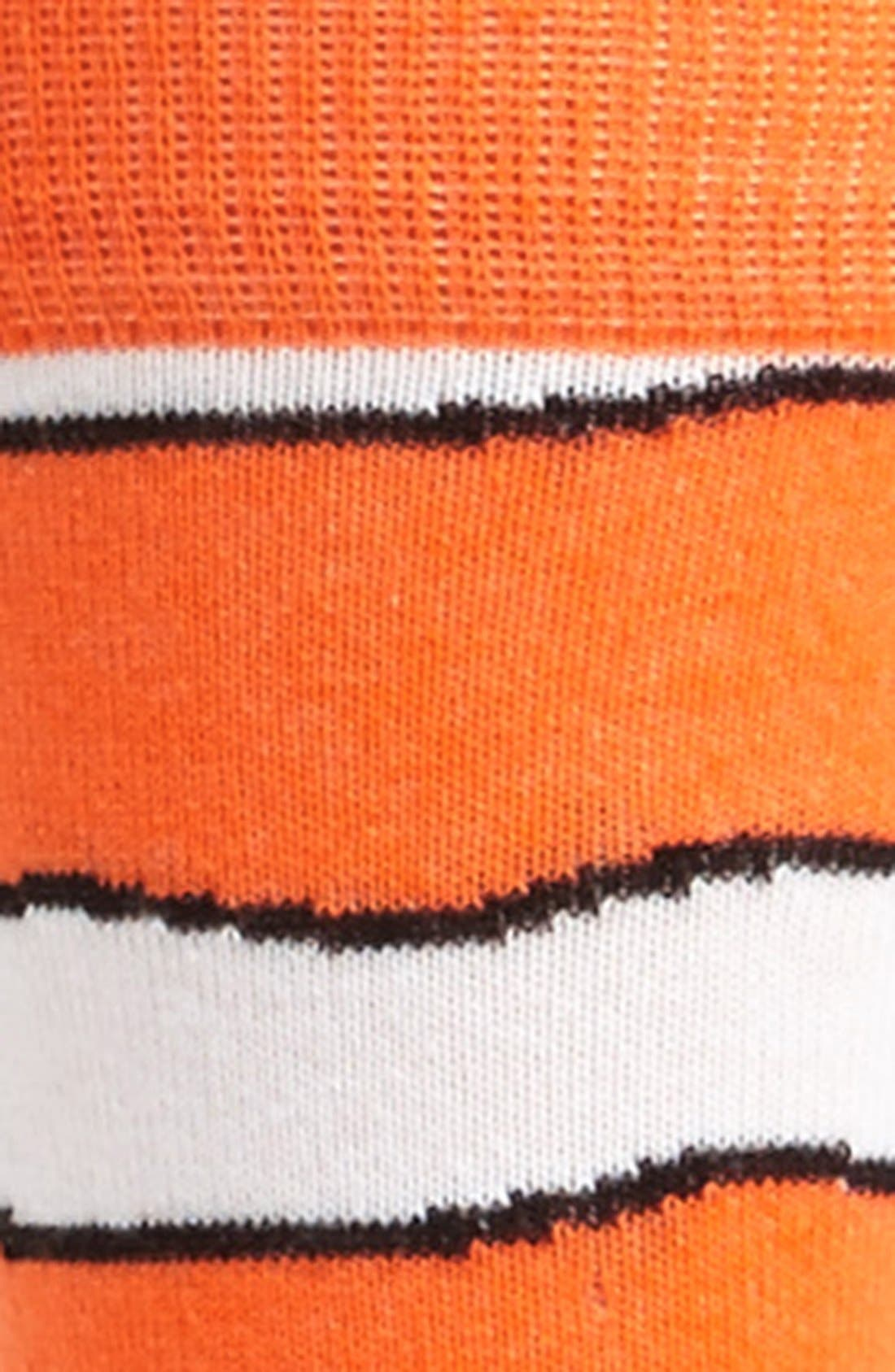 Alternate Image 2  - Topman Clown Fish Pattern Socks