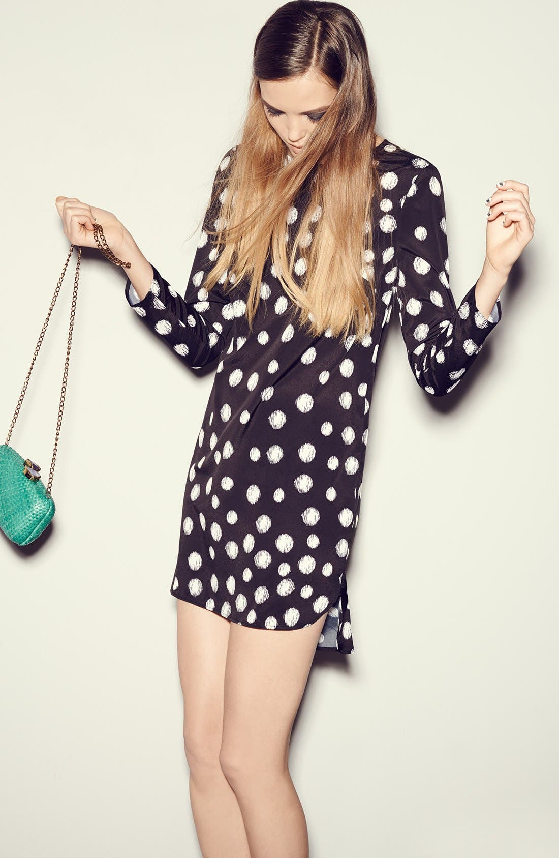 Alternate Image 4  - Wayf Long Sleeve Crepe Shift Dress