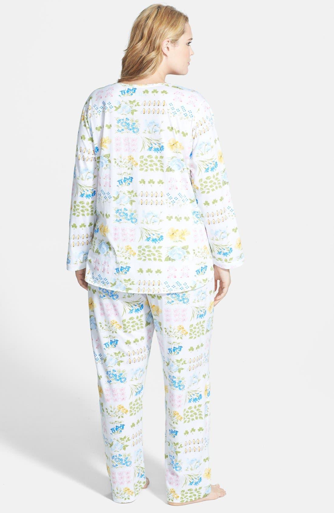 Alternate Image 2  - Carole Hochman Designs 'Butterfly Garden' Pajamas (Plus Size)