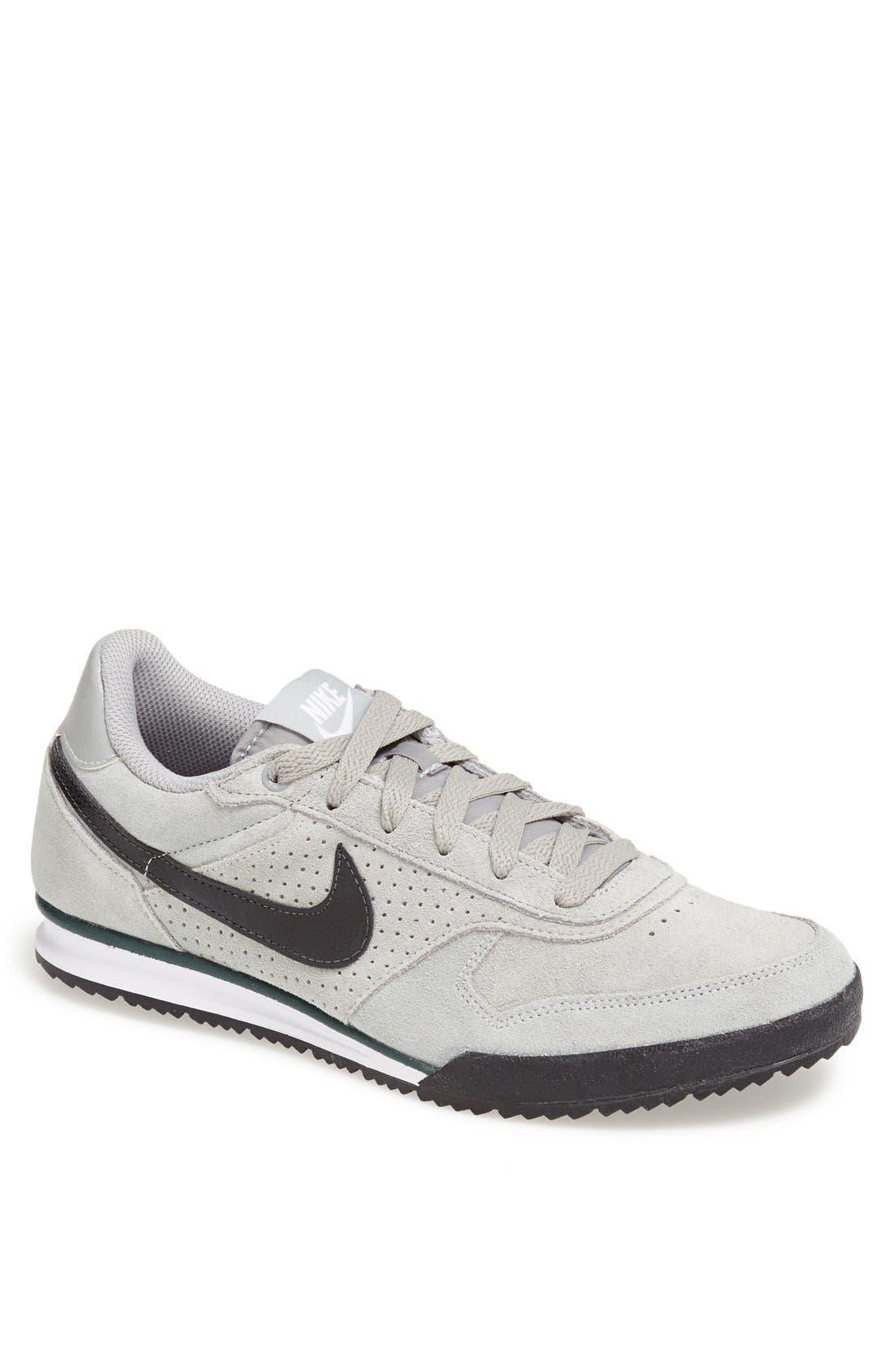 Main Image - Nike 'Field Trainer' Sneaker (Men)