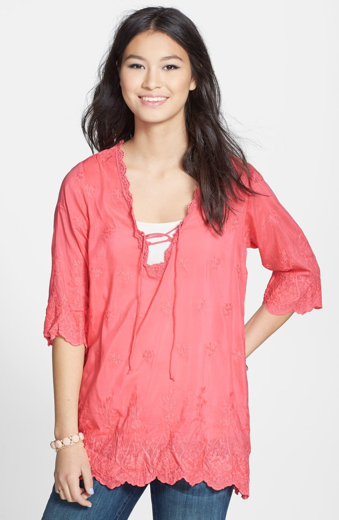 Main Image - Sorrento Embroidered Peasant Top (Juniors)