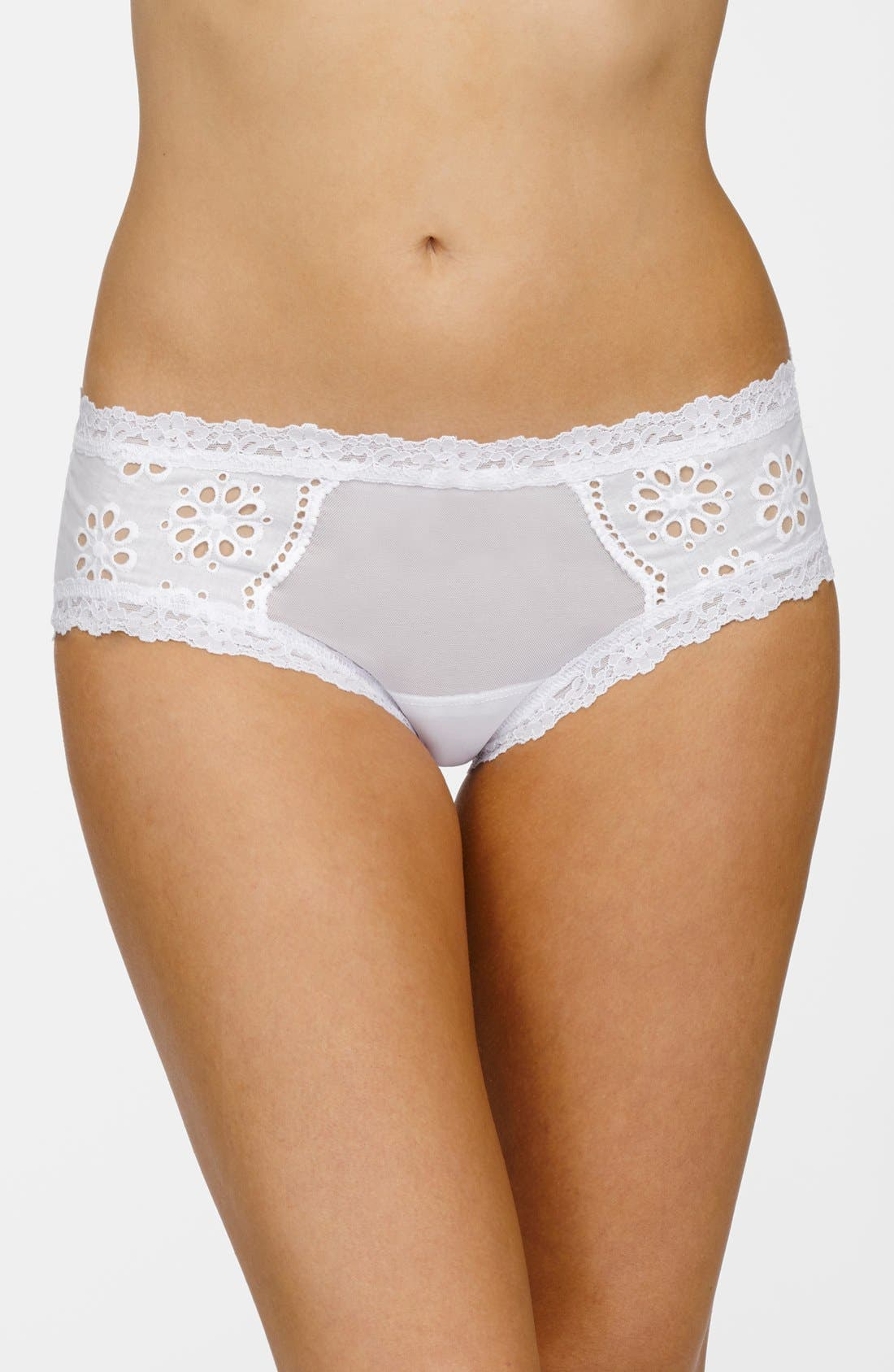 Alternate Image 1 Selected - Hanky Panky Eyelet Hipster Briefs