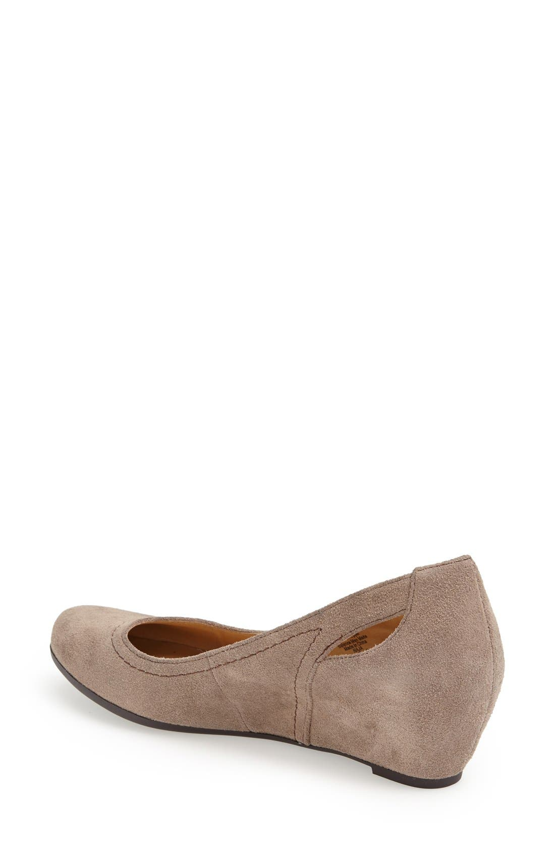 Alternate Image 2  - Naturalizer 'Naja' Suede Pump (Women)