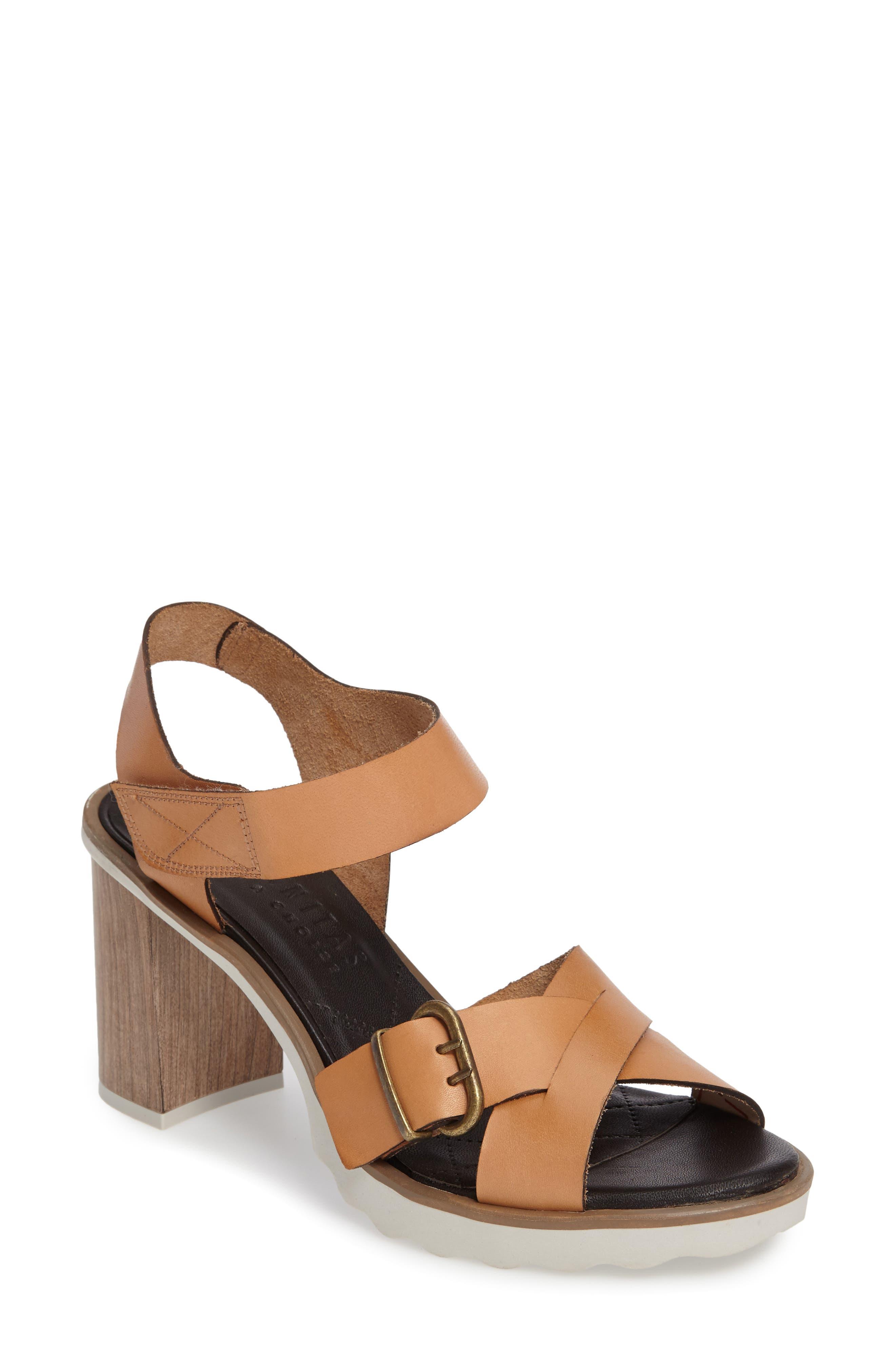 HISPANITAS Gig Strappy Block Heel Sandal