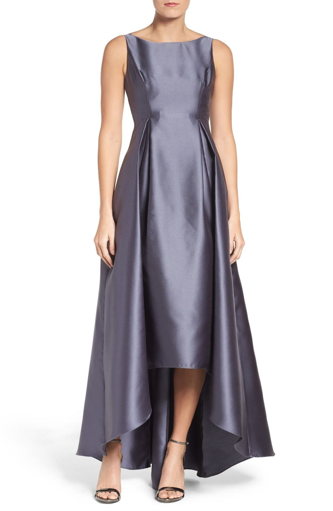 ADRIANNA PAPELL Sleeveless High/Low Ballgown