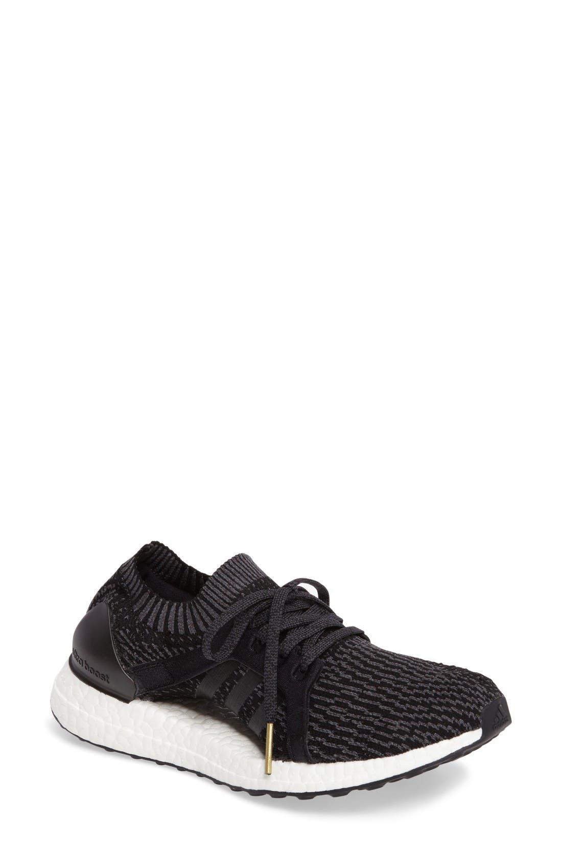 ADIDAS UltraBoost X Sneaker
