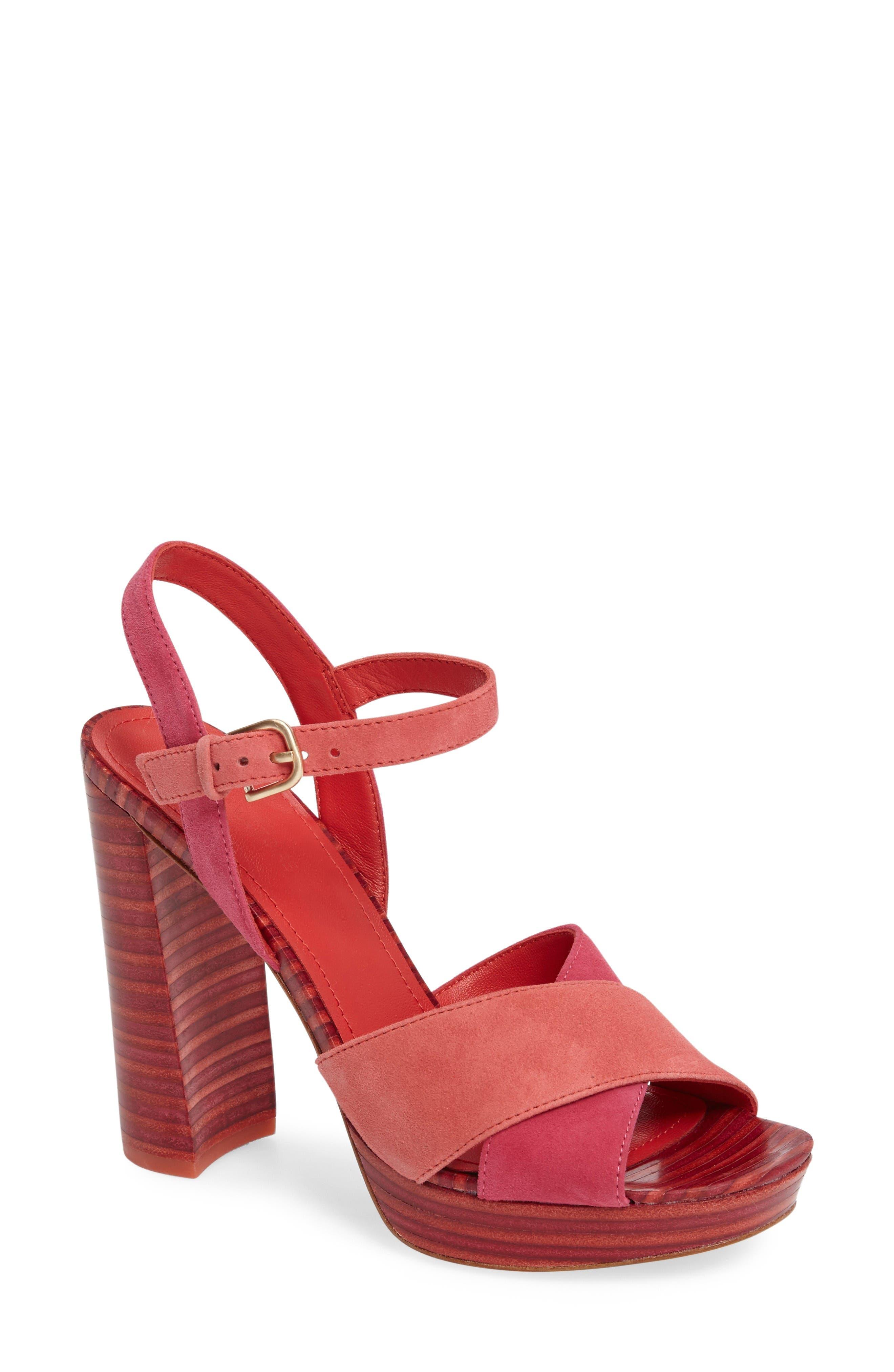 Pour la Victoire Cross Strap Platform Sandal (Women)