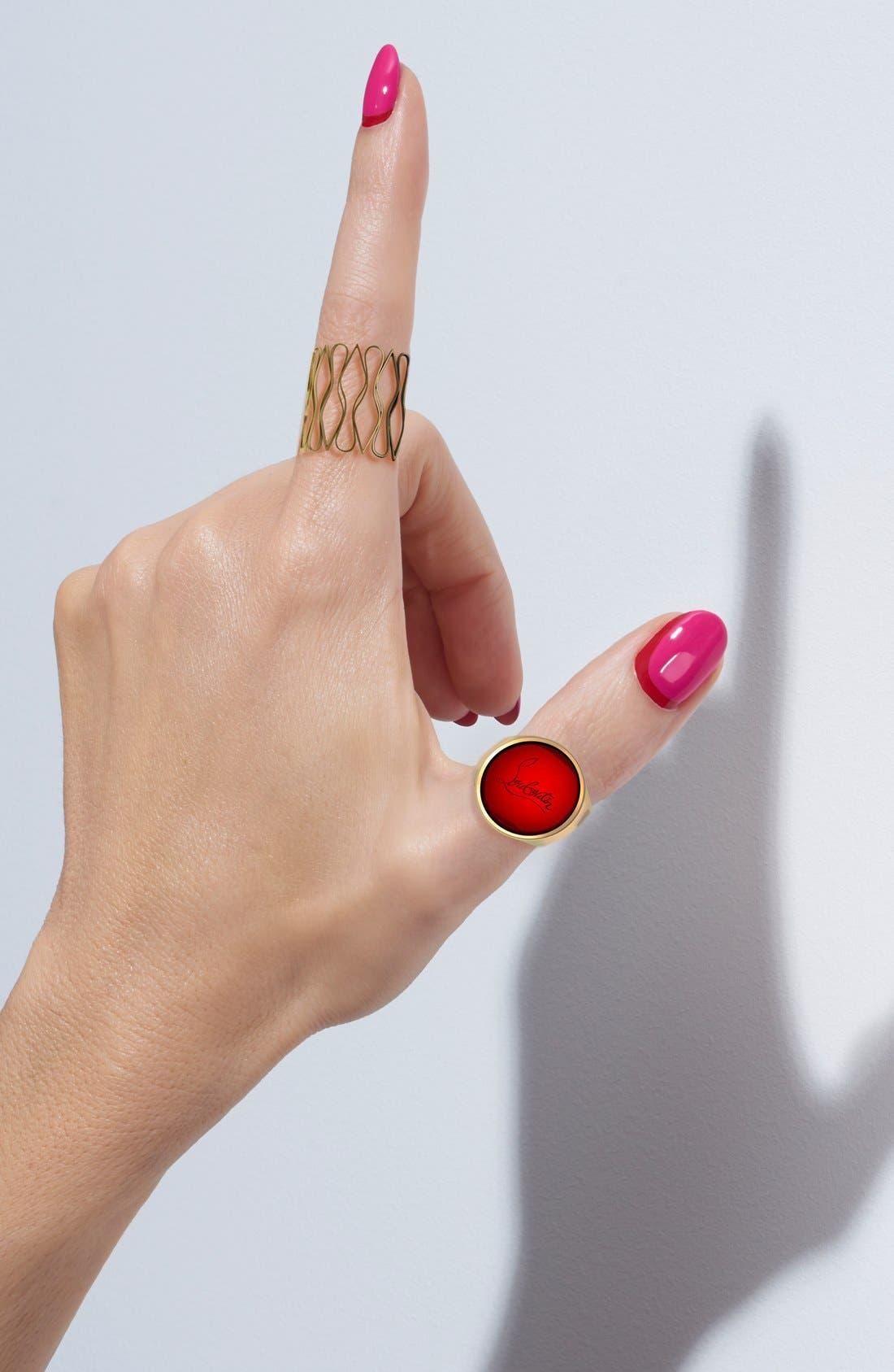 Christian Louboutin 'Apostrophe' Manicure