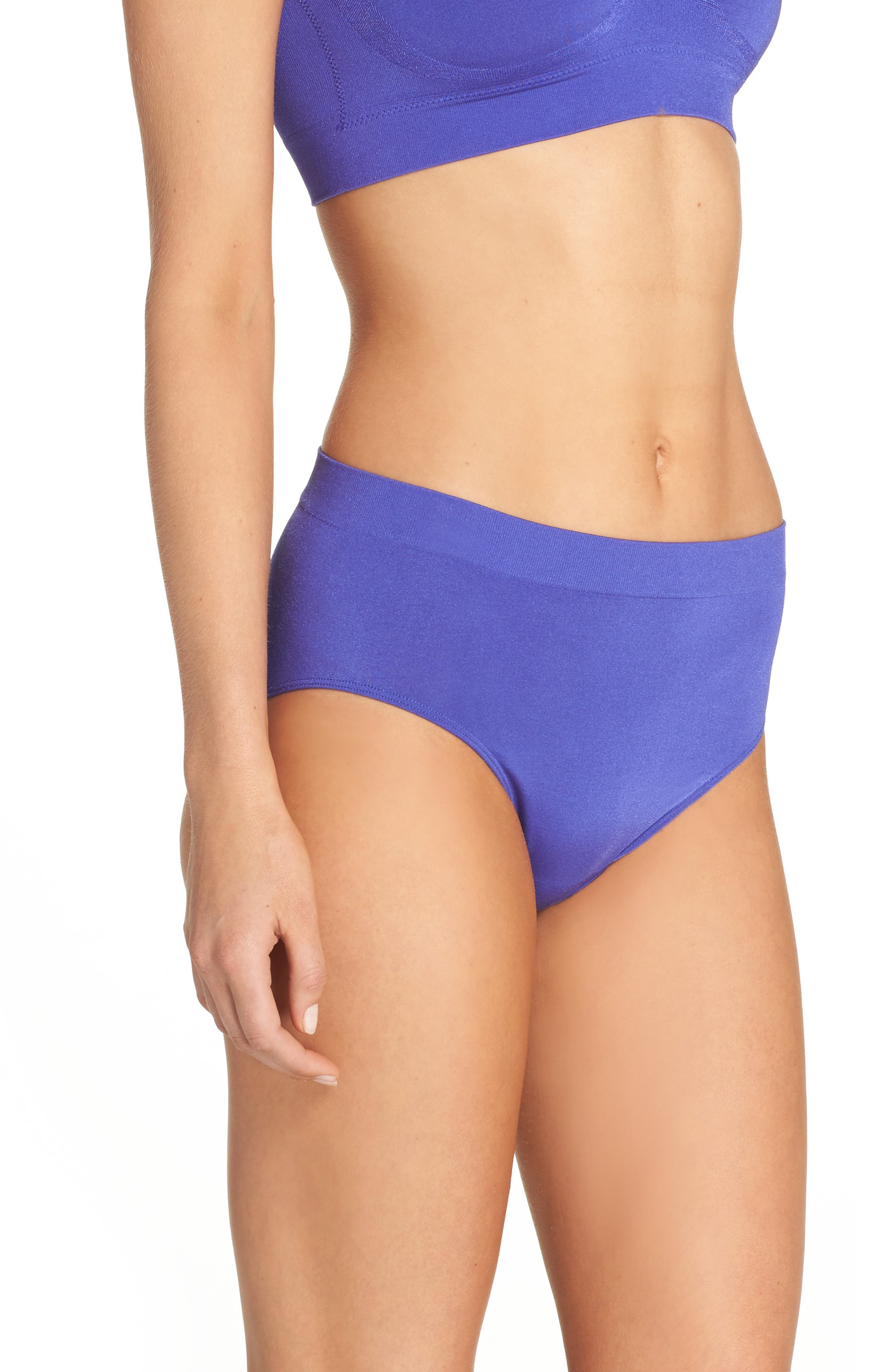 Alternate Image 3  - Wacoal B Smooth High Cut Briefs (3 for $39)