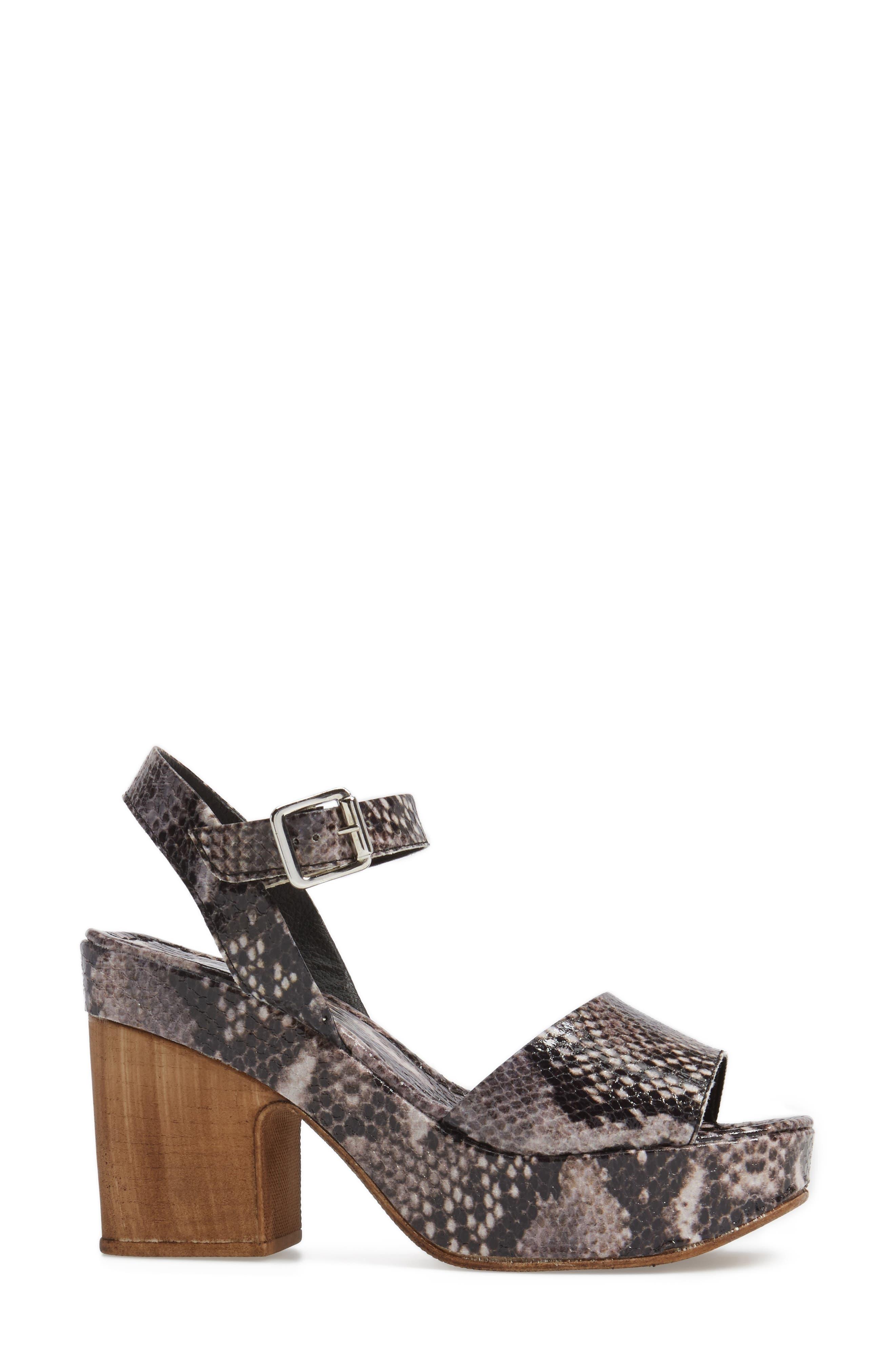 Alternate Image 3  - Topshop Violets Platform Sandals (Women)