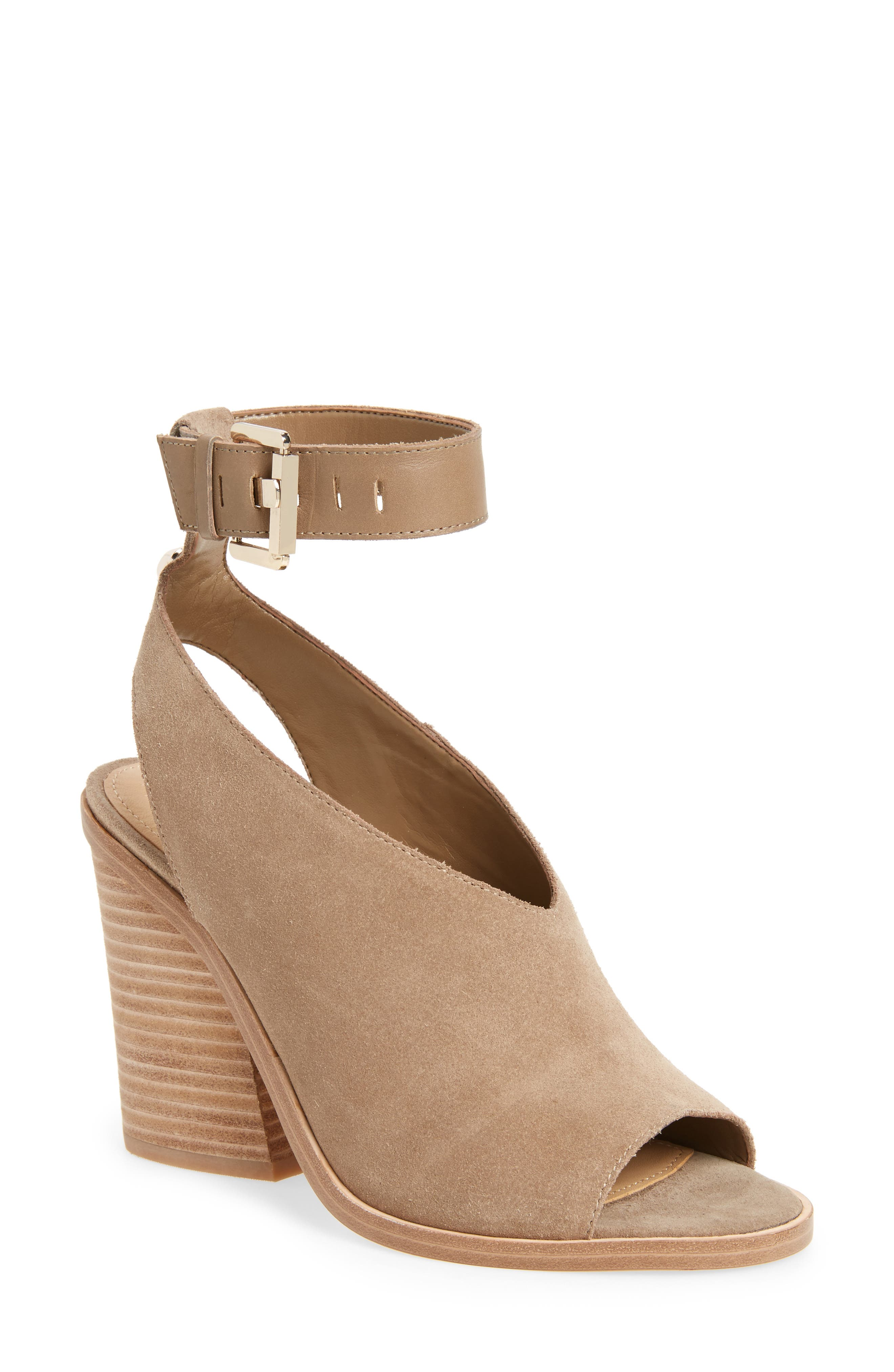 Main Image - Marc Fisher LTD Vidal Ankle Strap Sandal (Women)