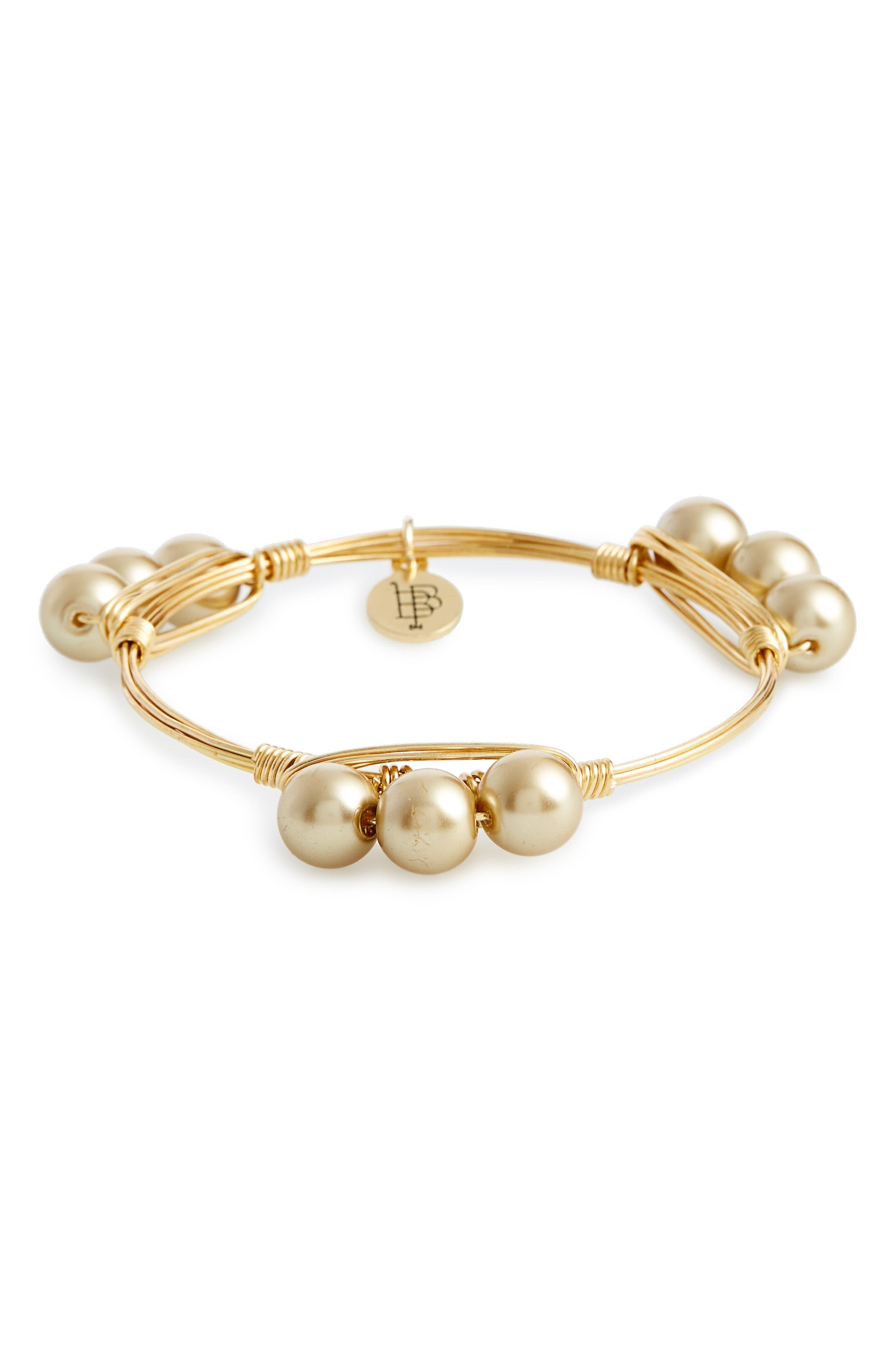 Bourbon and Boweties Imitation Pearl Bracelet