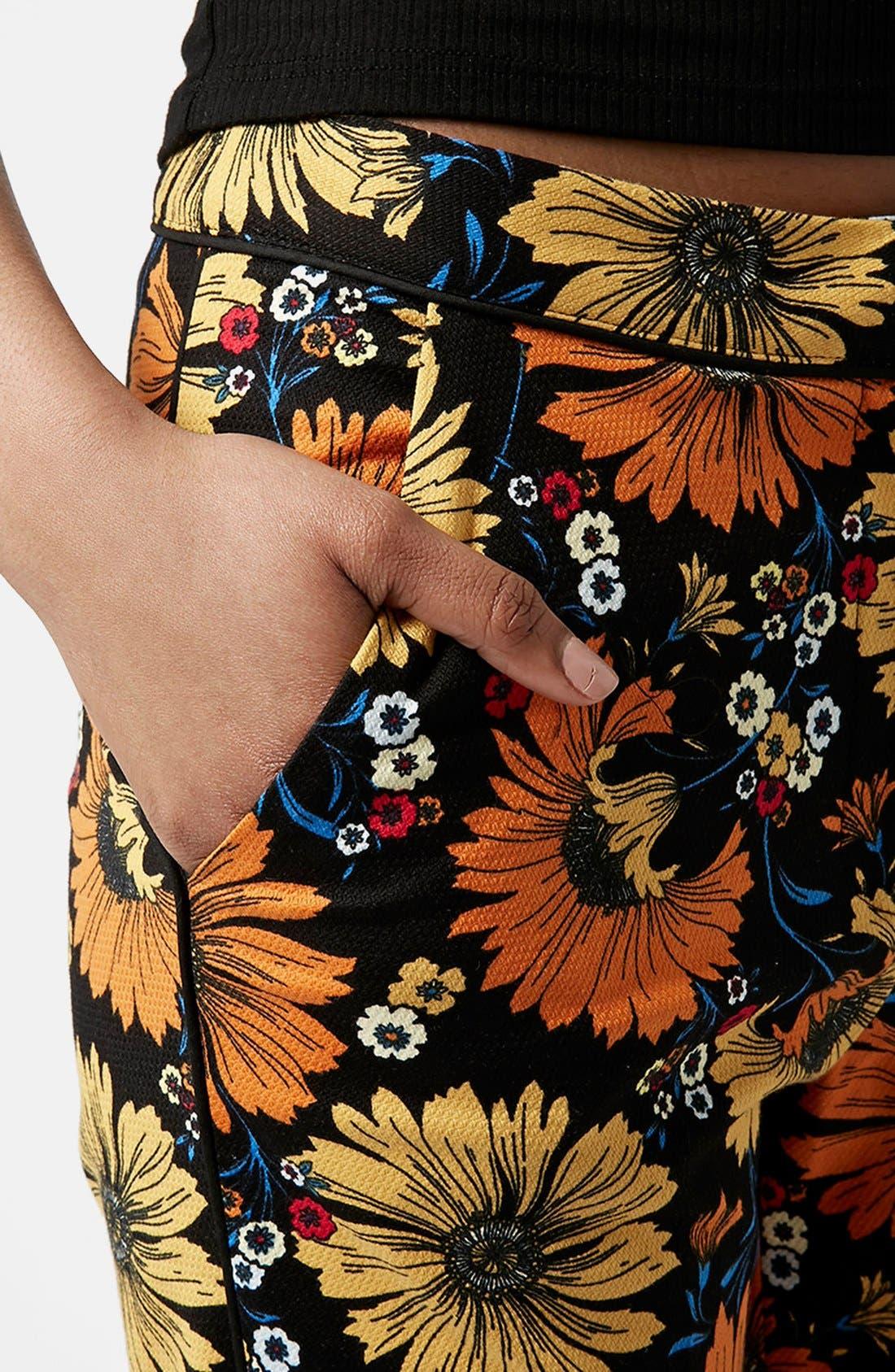 Alternate Image 4  - Topshop Daisy Print Cigarette Trousers
