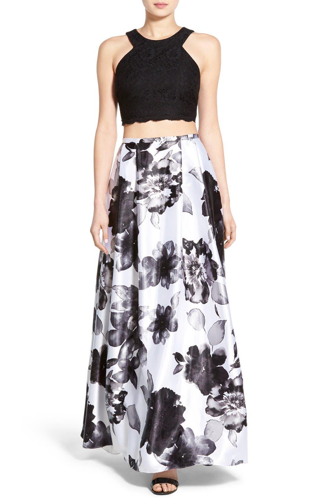 Main Image - Blondie Nites Floral Print Two-Piece Gown