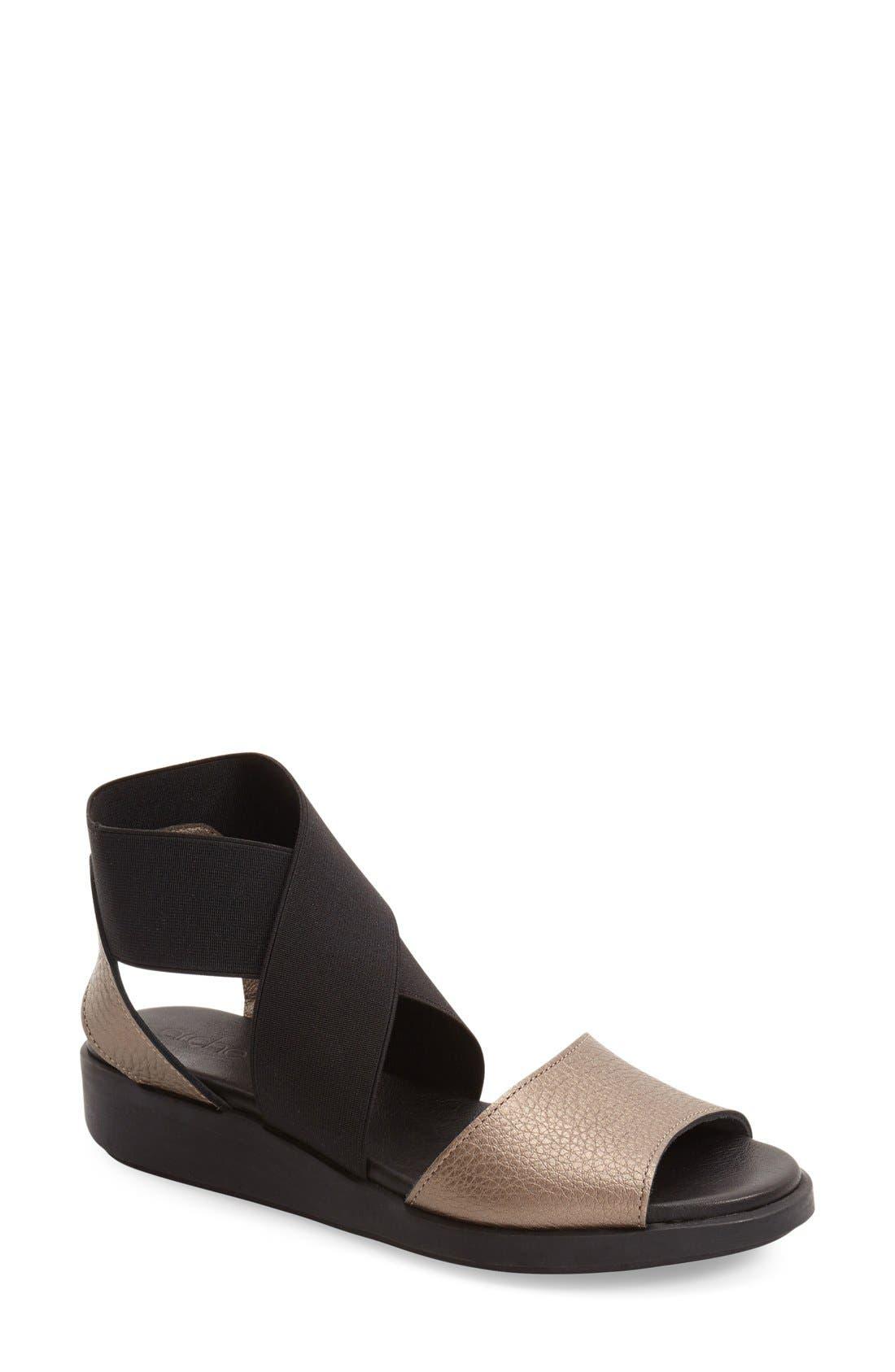ARCHE 'Senzu' Wedge Sandal