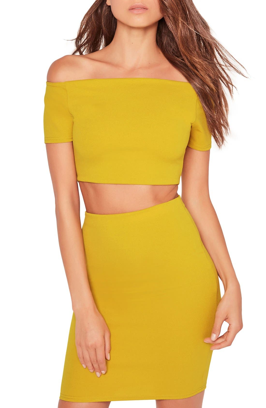 Main Image - Missguided Off the Shoulder Crop Top