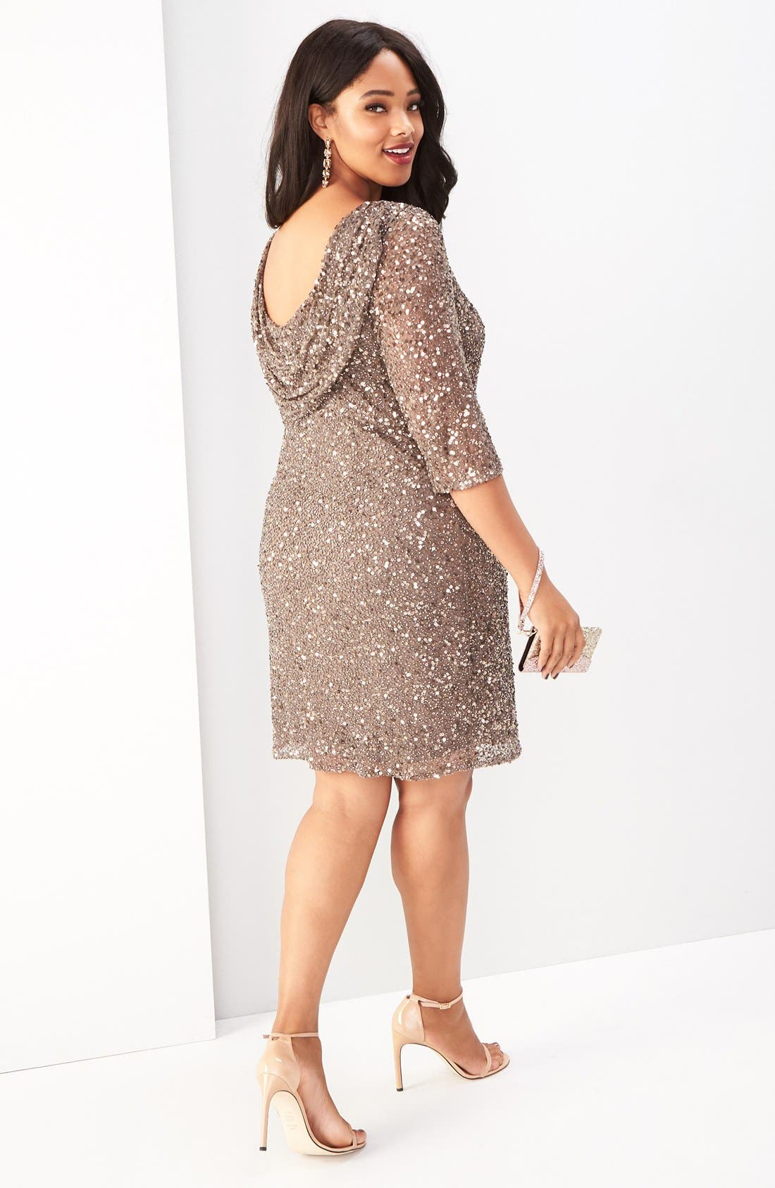 Pisarro Nights Dress with Accessories (Plus Size)