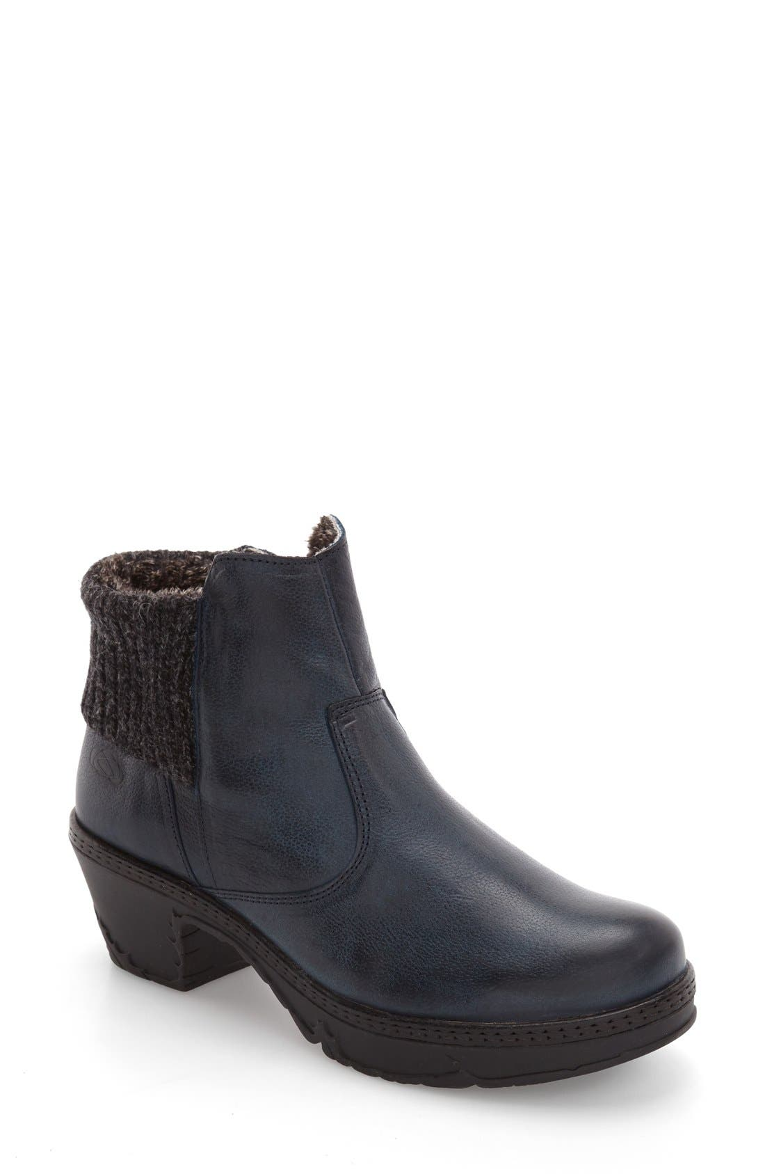 CLOUD Fab Plush Cuffed Bootie (Women)