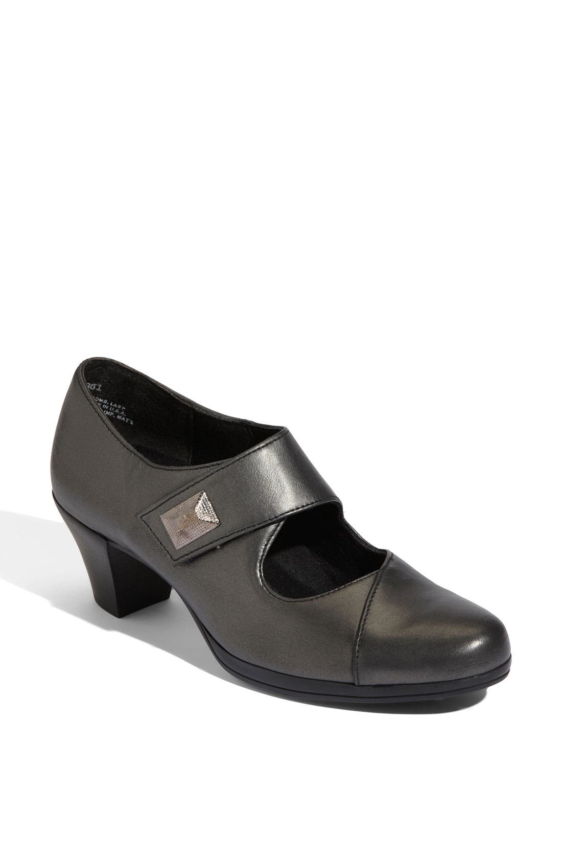 Main Image - Munro 'Leann' Mary Jane Pump